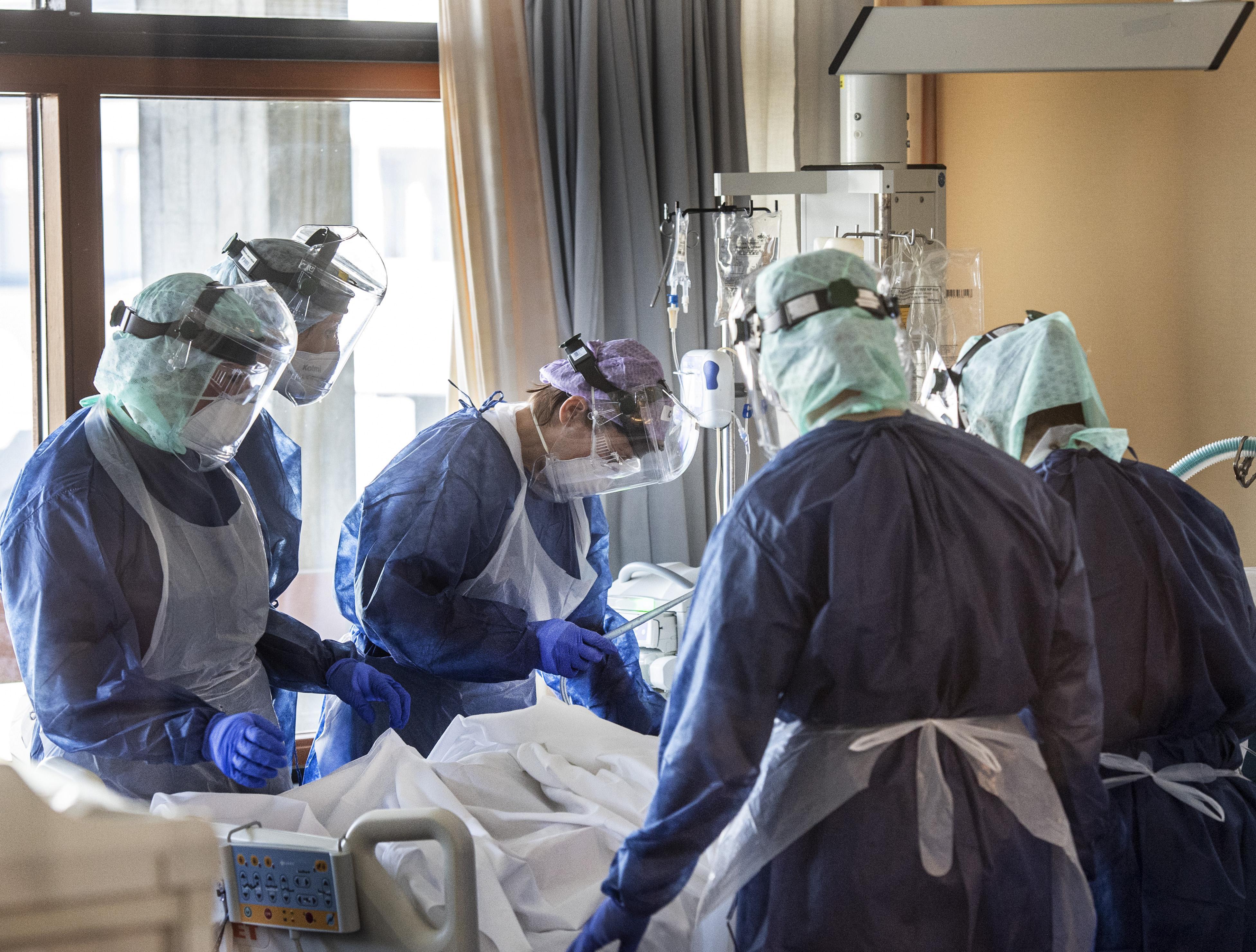 Coronapatiënten Spaarne Gasthuis kunnen eerder naar huis; Samenwerking tussen ziekenhuis, huisartsen en thuiszorgorganisaties