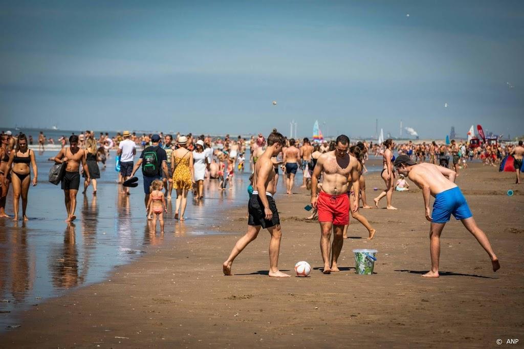 Katwijk roept strandgangers op om weg te blijven