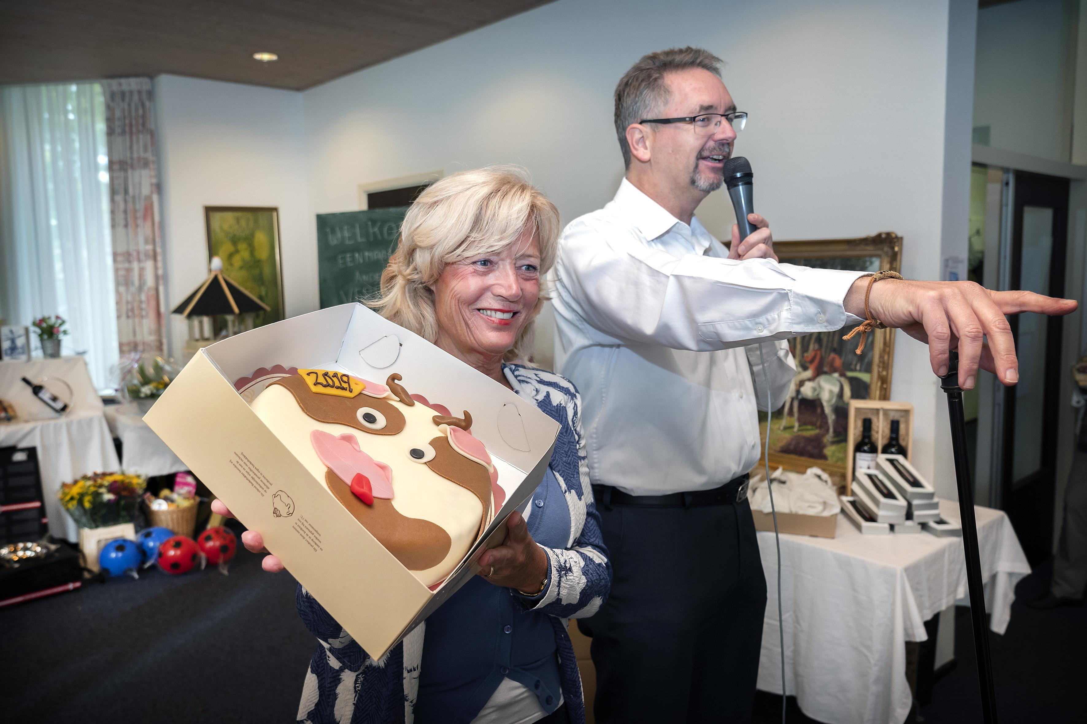 Geschenkenveiling en boekenmarkt Engelmunduskerk in Driehuis vanwege coronamaatregelen van de agenda gehaald