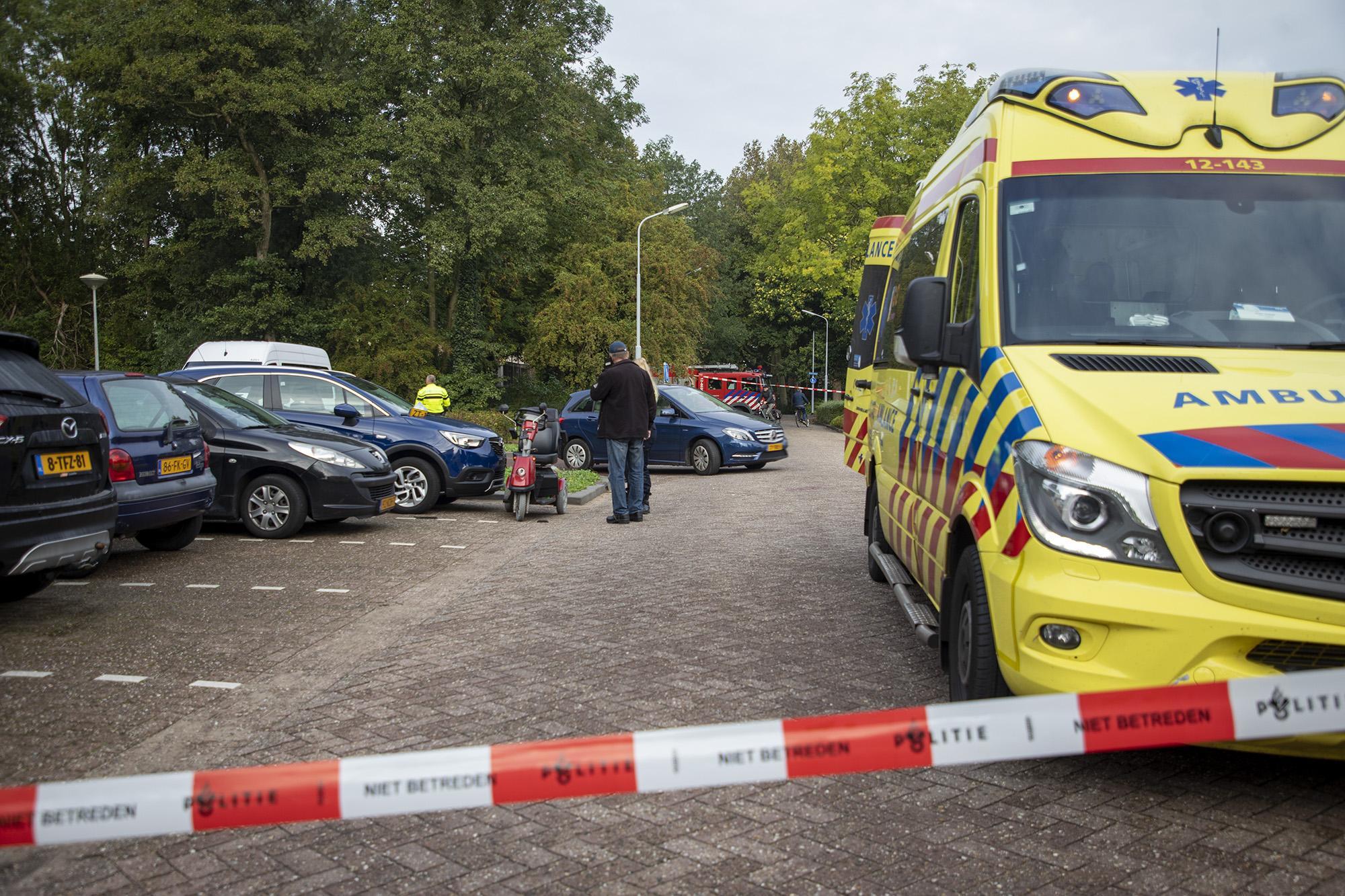 Zwaargewonde bij ongeval met scootmobiel en auto in Zwanenburg