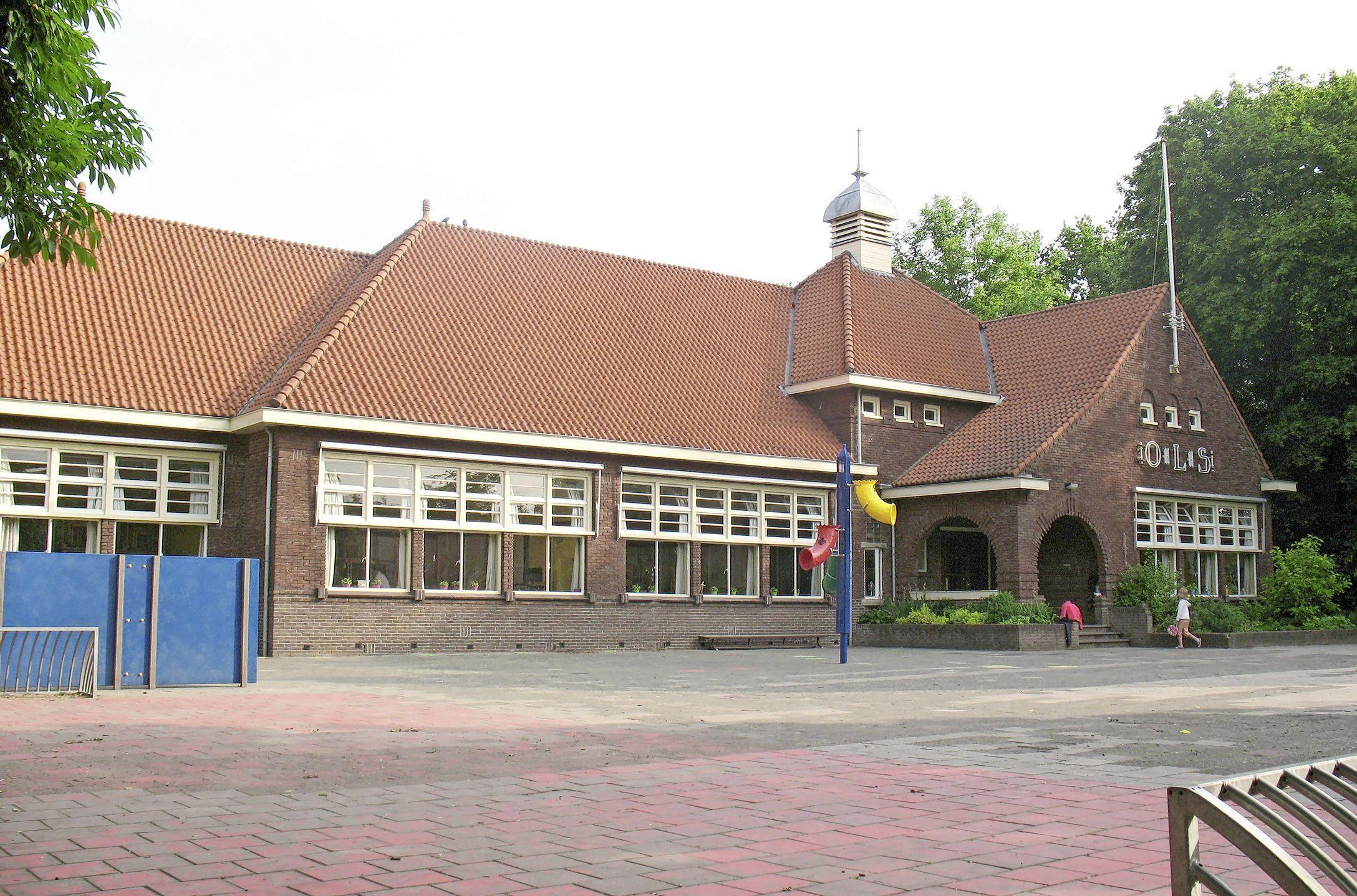 Monumentenschildje voor vier adressen in Hollands Kroon