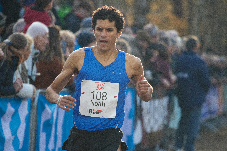 Noah Schutte verrast met vierde plaats bij Halve van Egmond: 'Het was een leuk uitstapje'