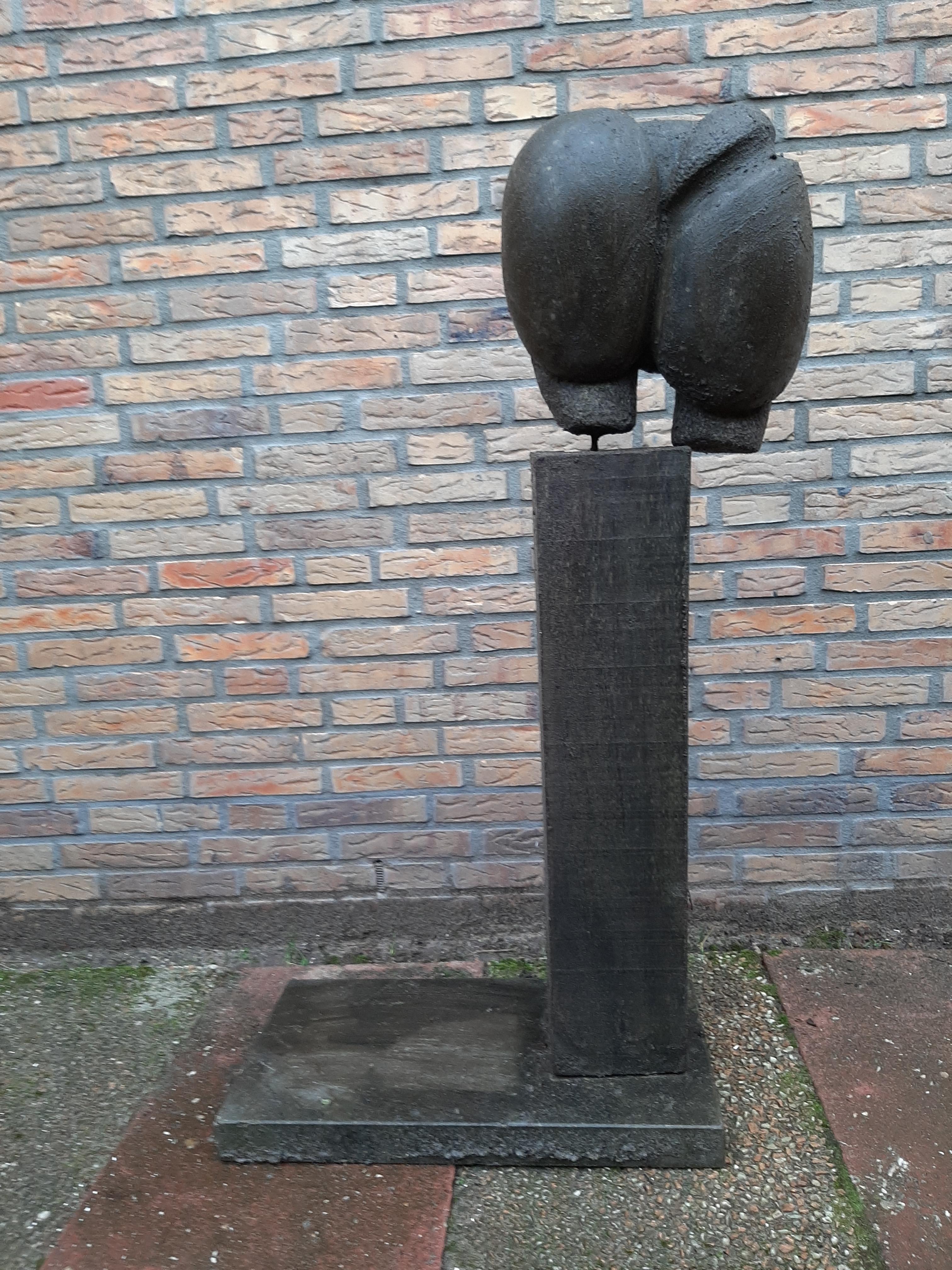 Weesbeeld niet van gemeente Heemskerk: 'Misschien komt het uit een tuin, en heeft iemand het hier gedumpt omdat het te zwaar was'