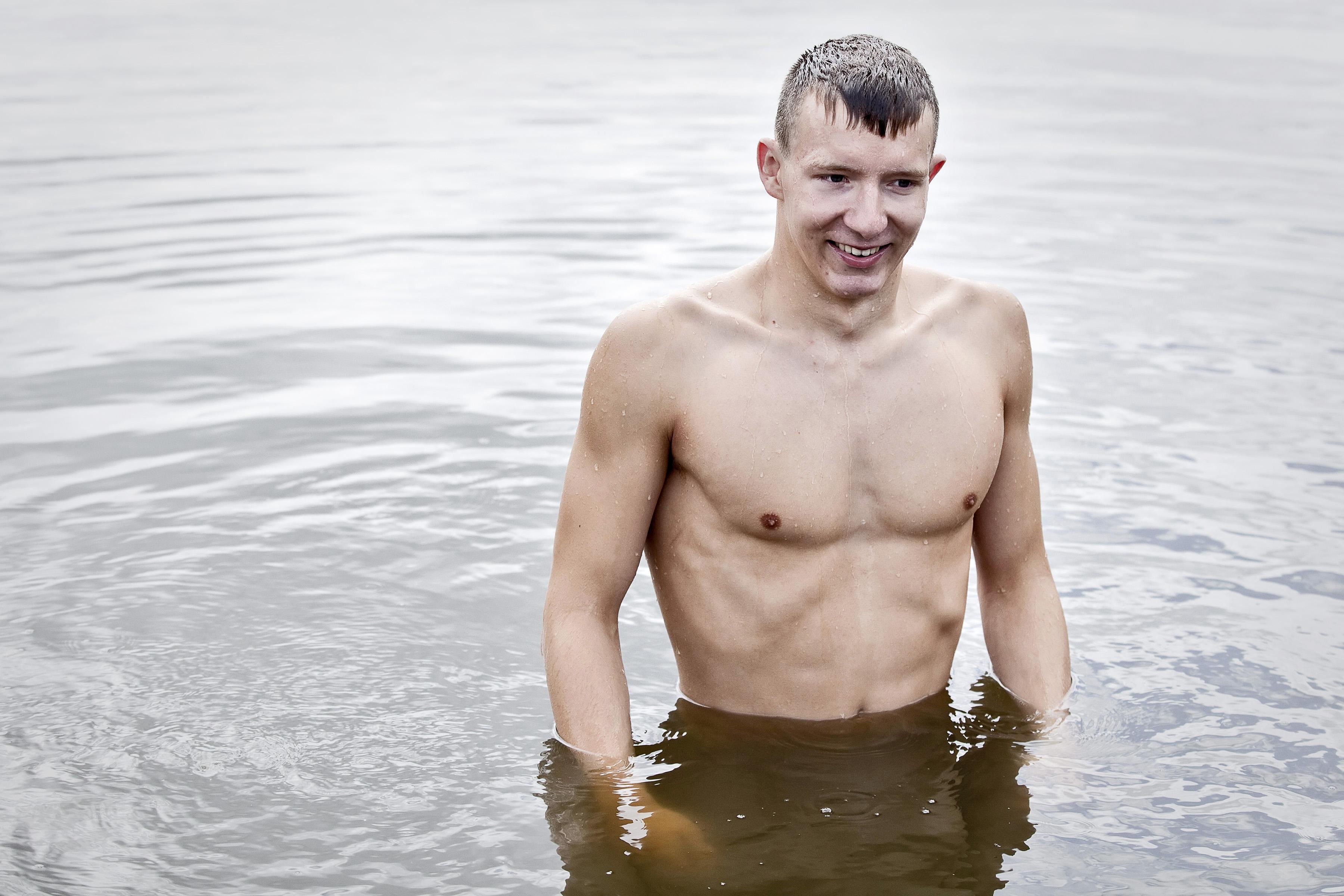 Zwemclinic van Nederlands kampioen Lars Bottelier in de Houtvaart
