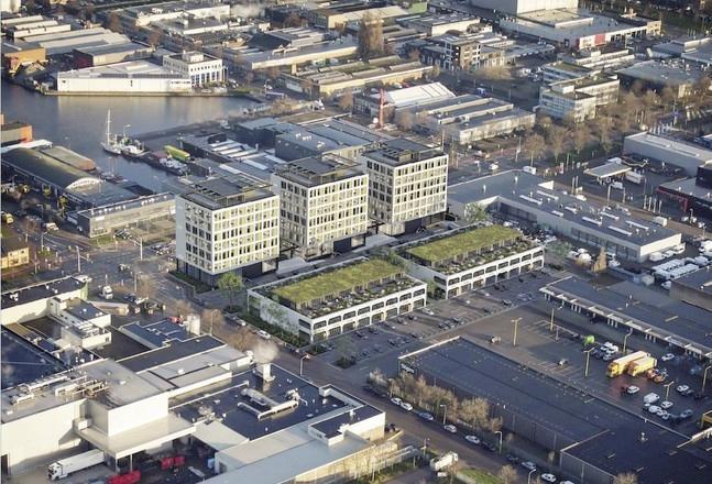 Drie hoge kantoren en 32 bedrijfsunits erbij in de Waarderpolder. Corona of niet: de verhuur van studio's en werkplekken gaat door