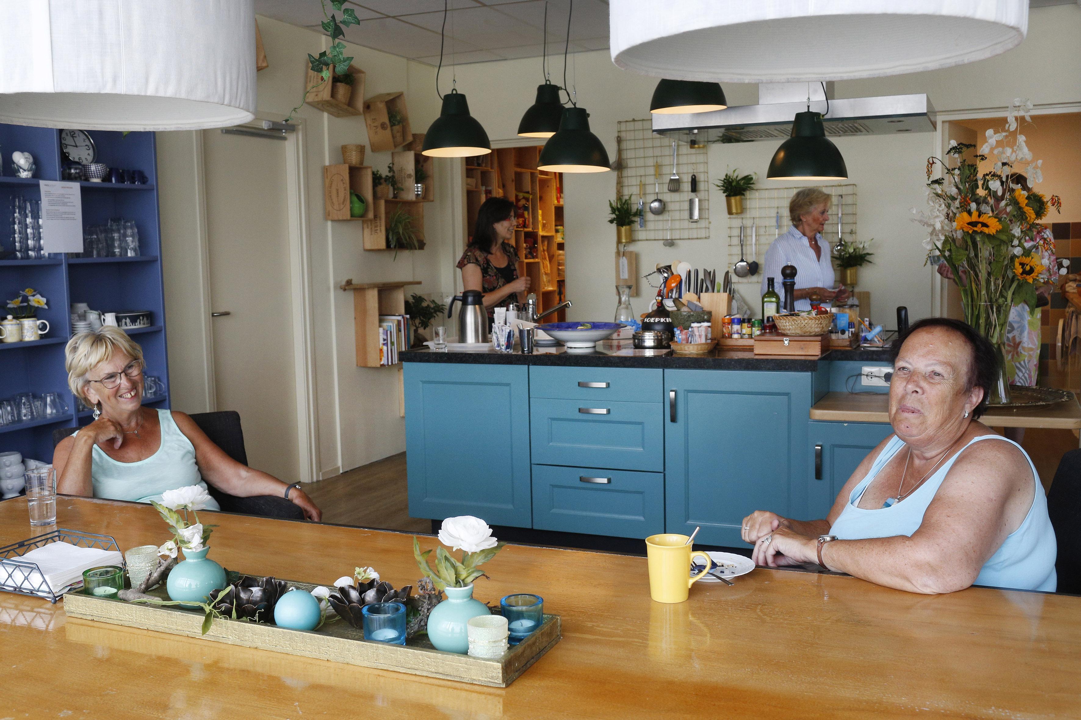 Jeanette is dolblij dat ze weer naar Viore kan. Het nieuwe huis in Hilversum voor mensen die met kanker leven is licht want de ziekte is al zwaar genoeg