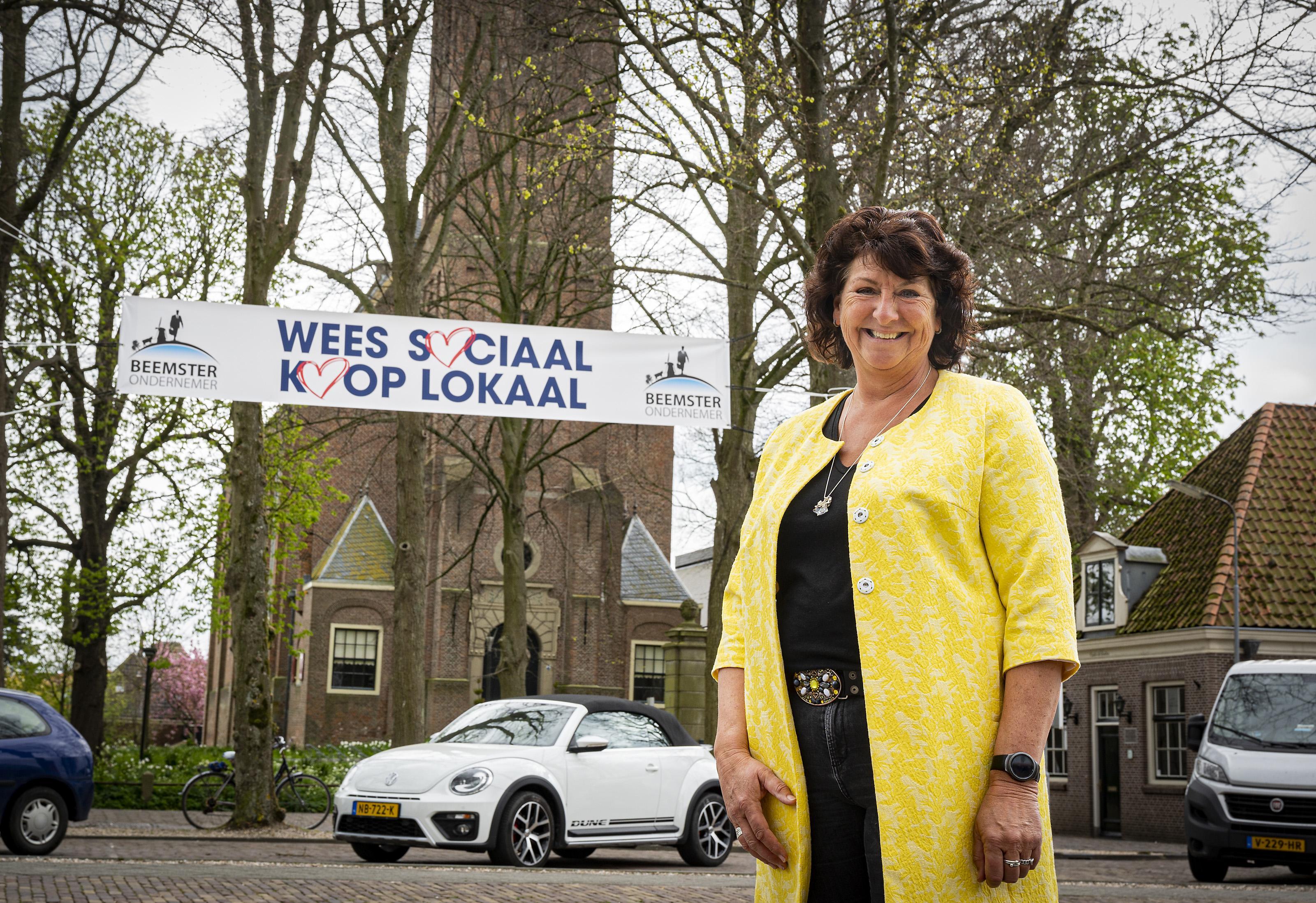 Koop lokaal! Beemster Ondernemers steekt bedrijven met spandoekenactie een hart onder de riem