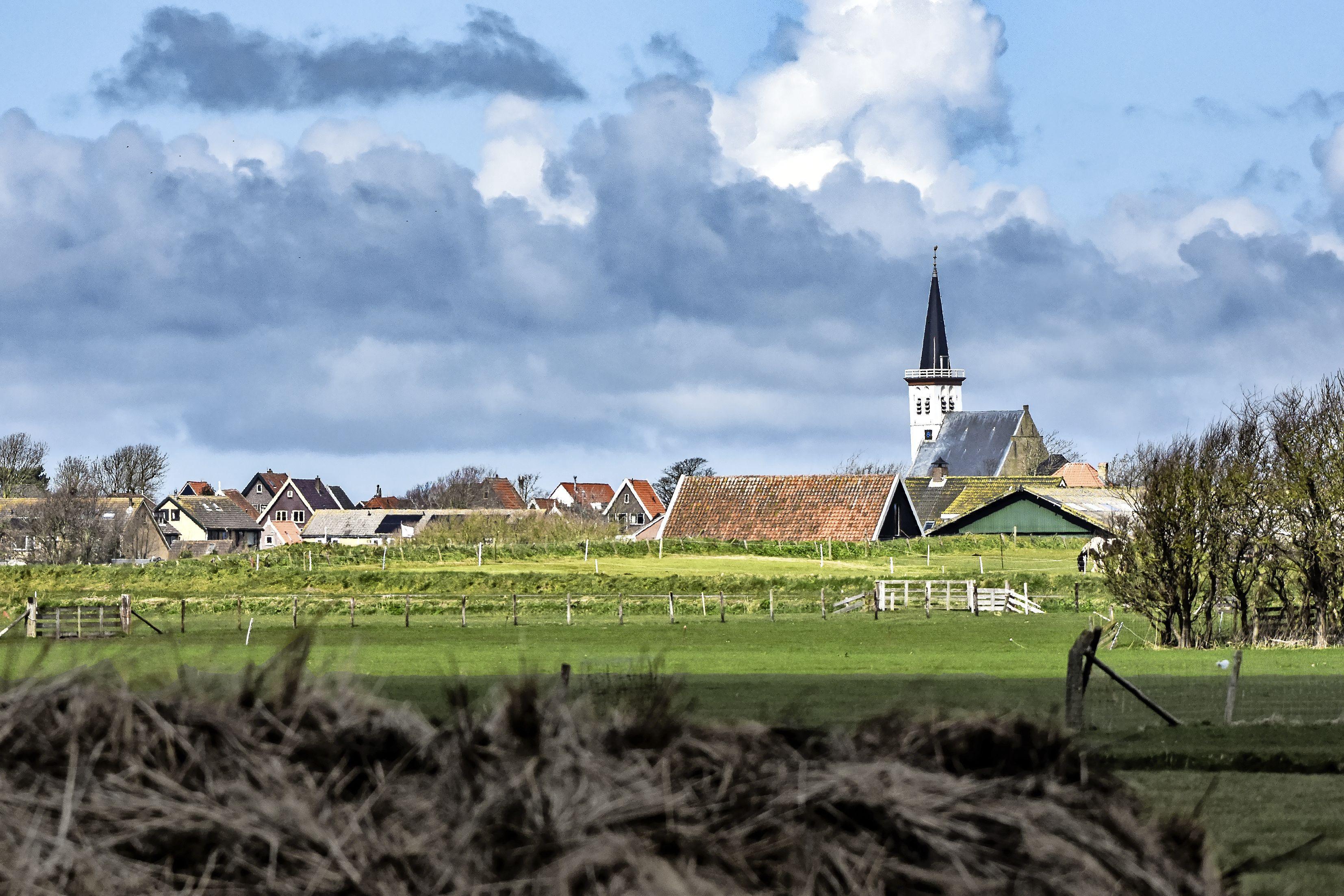 Na smeekbede wordt het pittoreske dorpsgezicht van Den Hoorn nu echt beschermd. 'Dit hadden we al veel eerder moeten doen'