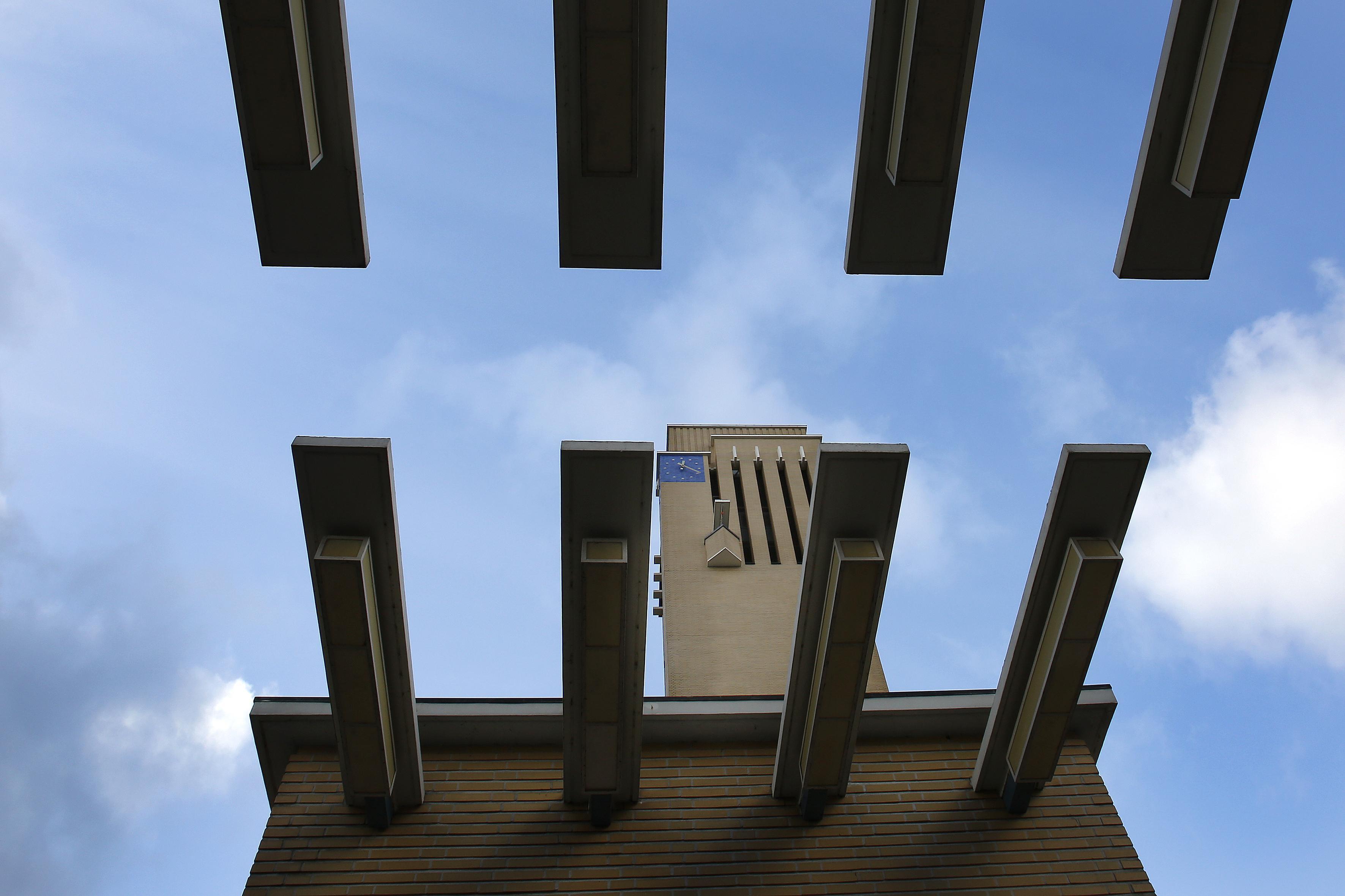 Groen licht voor verkoop gemeentelijke panden in Hilversum, waar mogelijk duurzaamheidsslag bij panden die blijven