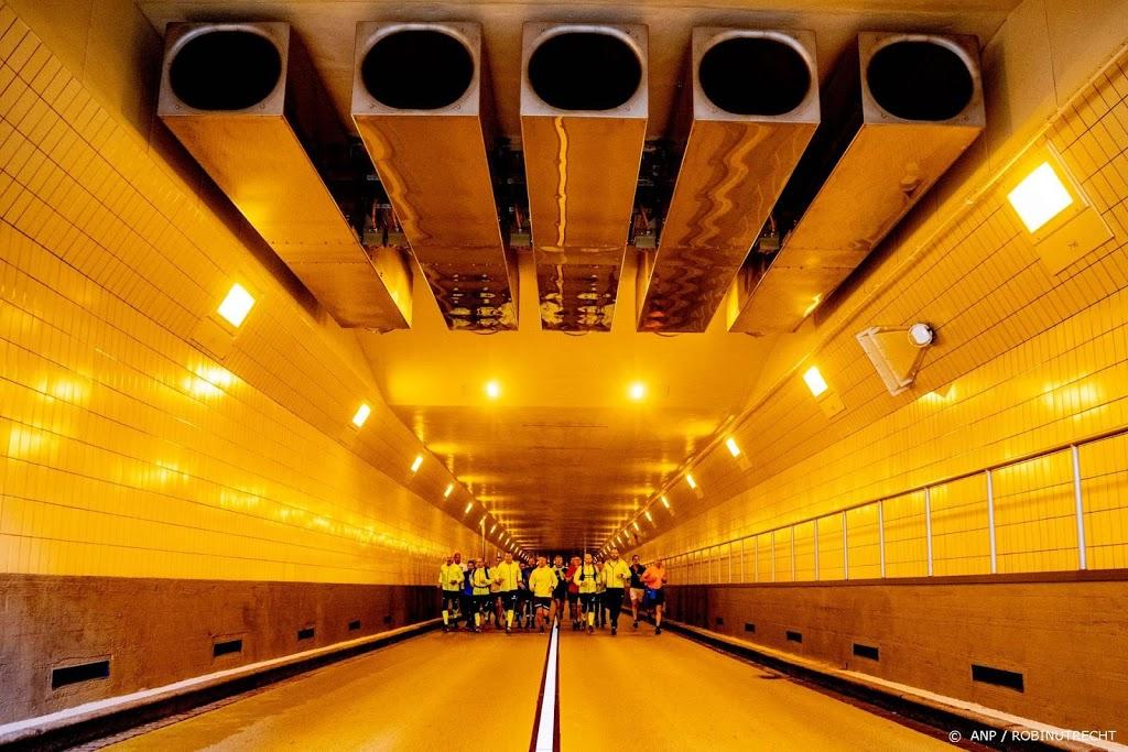 Maastunnel ook weer open voor voetgangers