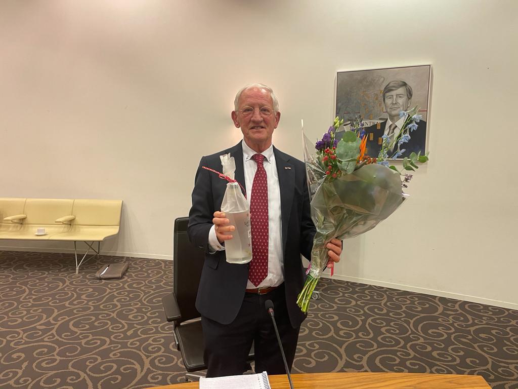Openbaarheid gemeenteraad Laren nogal krakkemikkig bij benoeming wethouder Jan den Dunnen