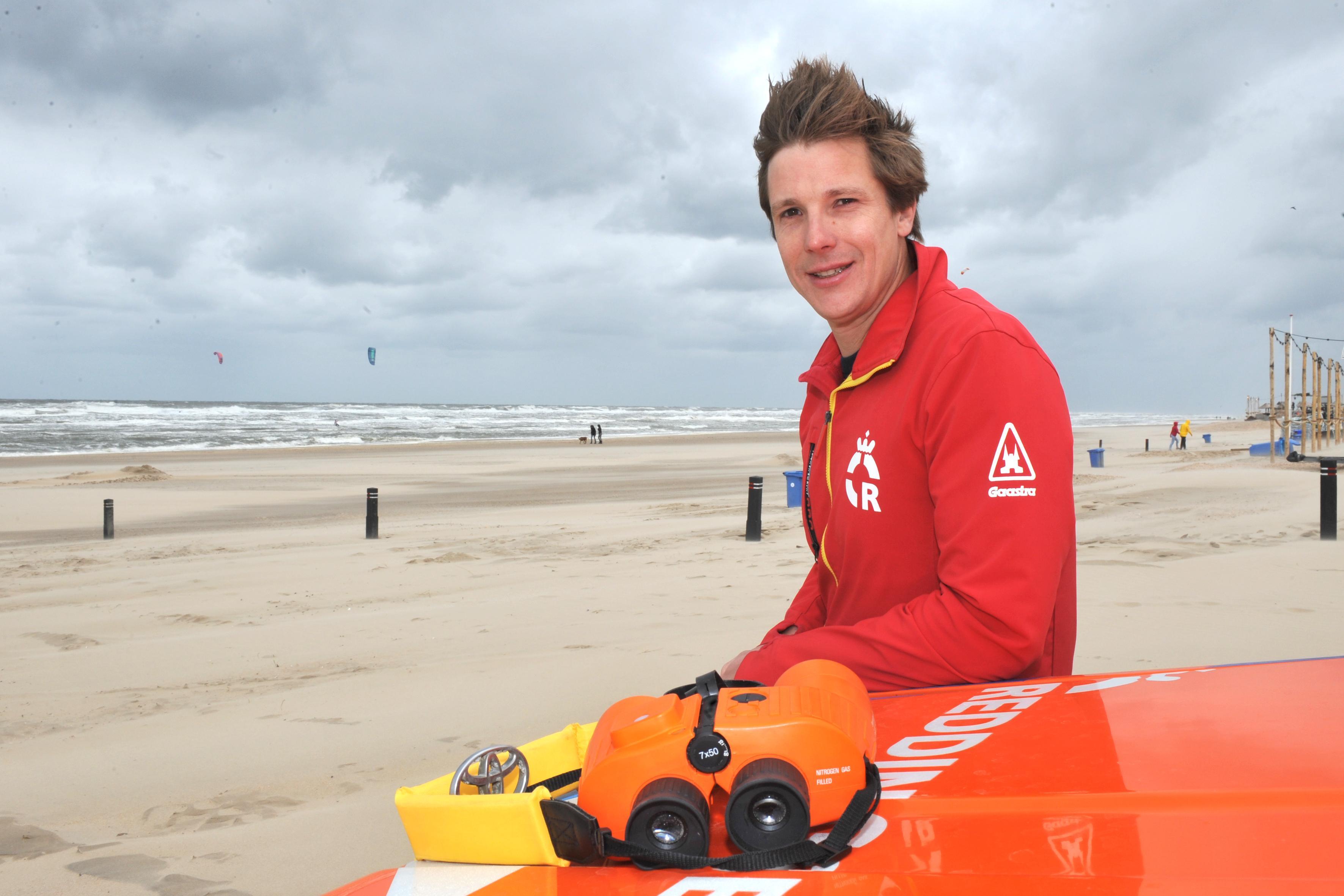 Reddingsbrigades in Castricum en IJmuiden aan Zee maken zich op voor zomerseizoen