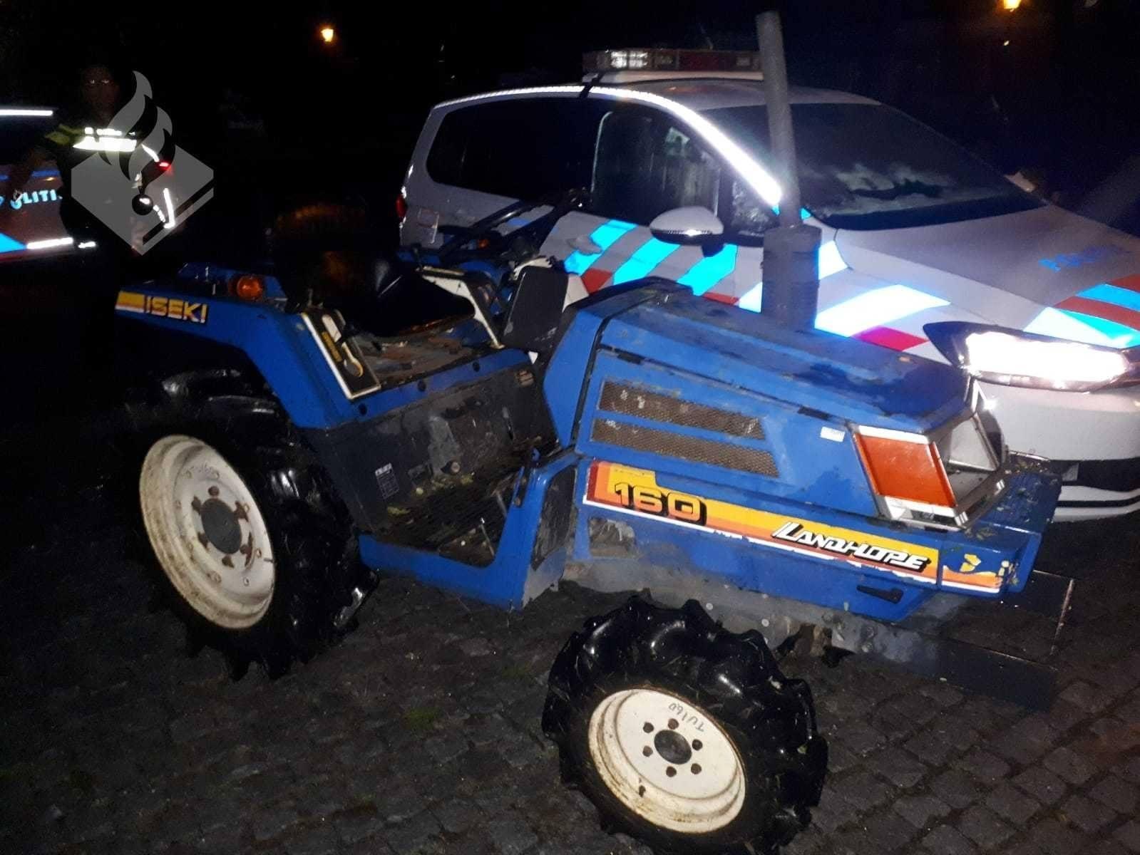Betrapt! Politie houdt tractordief aan in Winkel