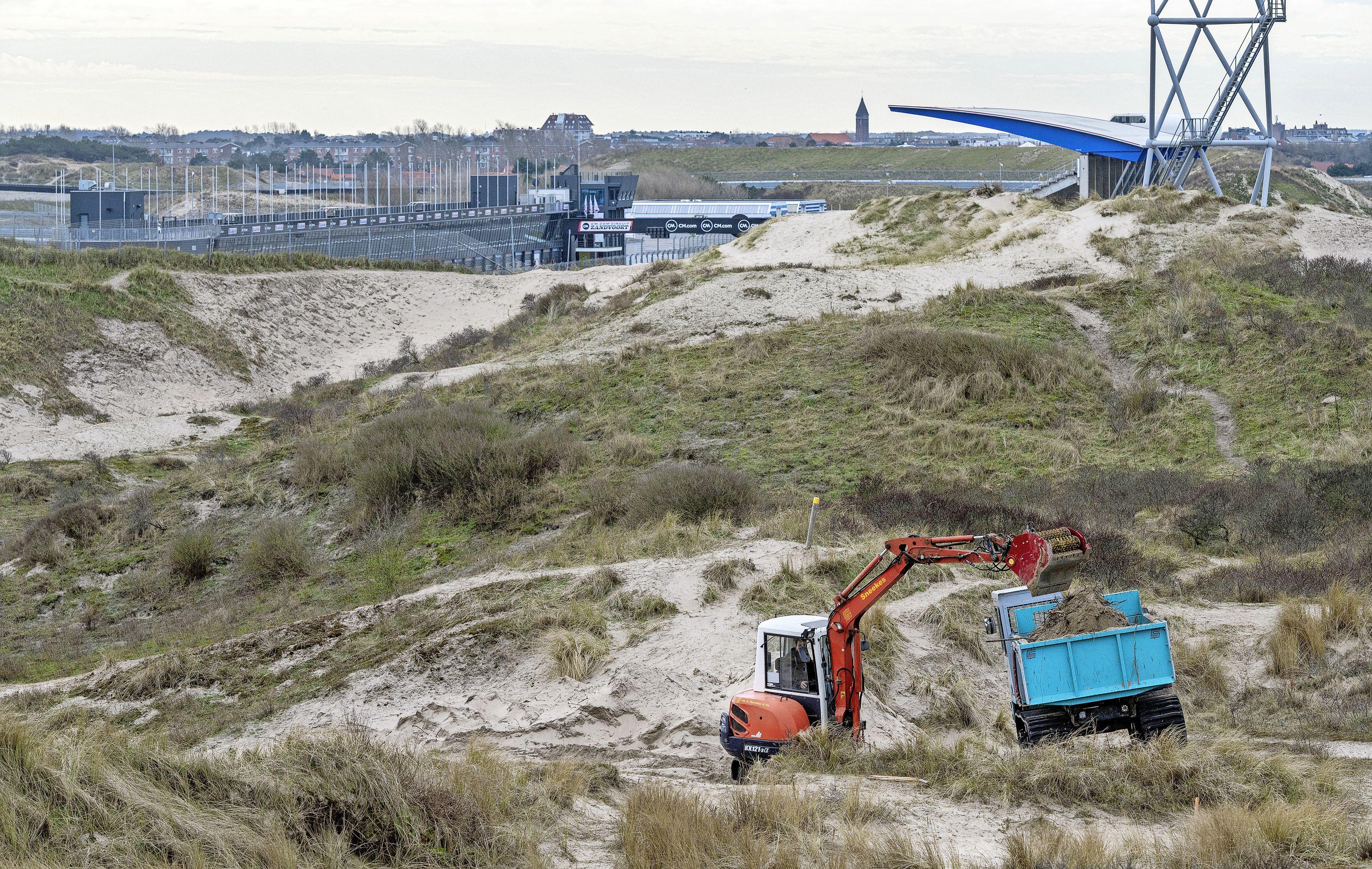 Opnieuw graafwerk in de kwetsbare duinen bij Circuit Zandvoort, toch klinkt er geen protest. Hoe zit dat?