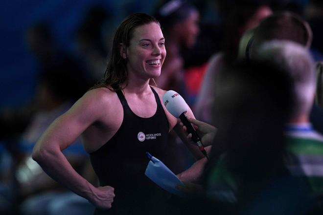 Zwemster Heemskerk mag na twee negatieve testen alsnog naar Boedapest