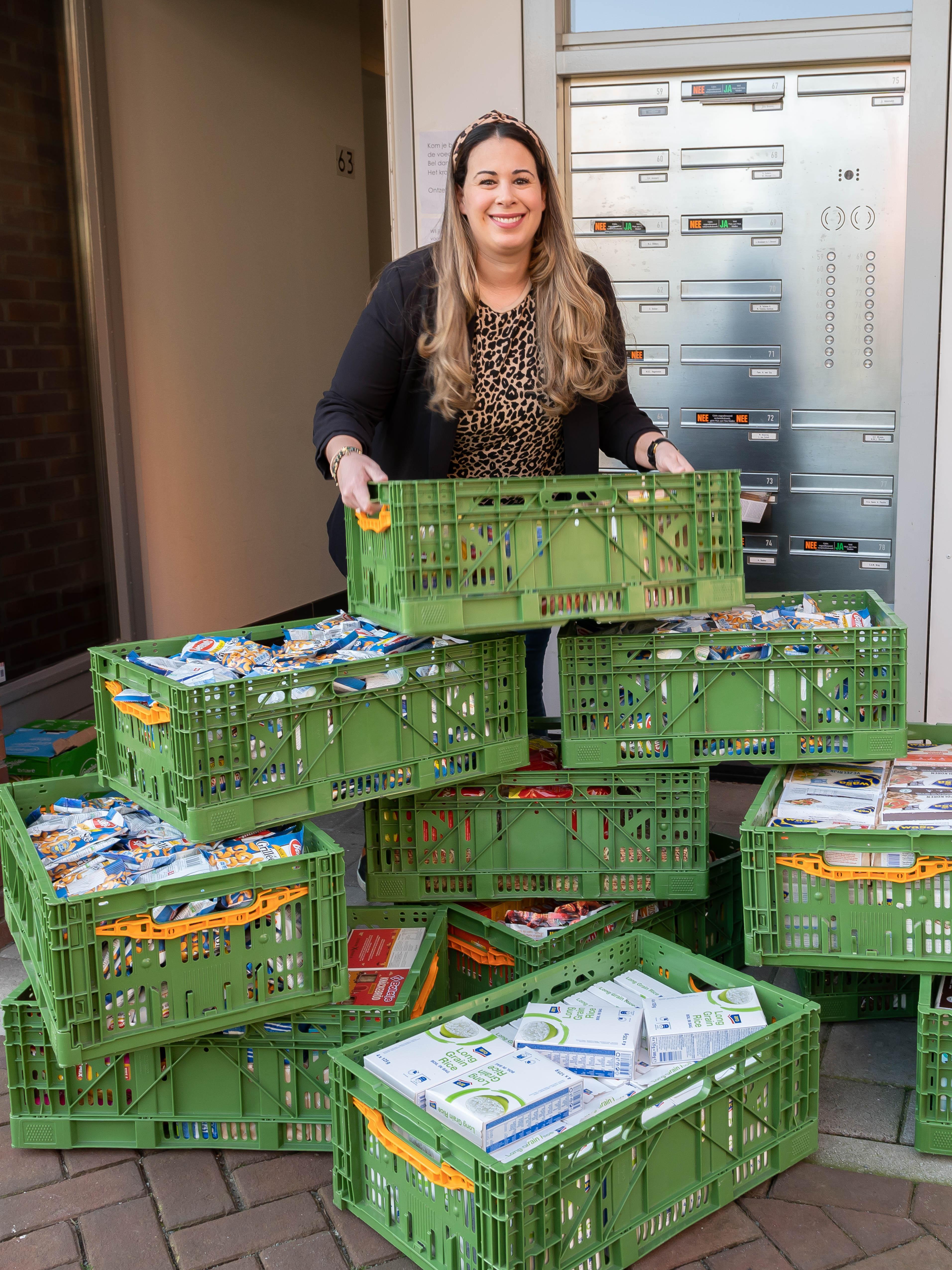 Nathalie zamelt cadeaus in voor 300 kinderen voedselbank Zaanstreek