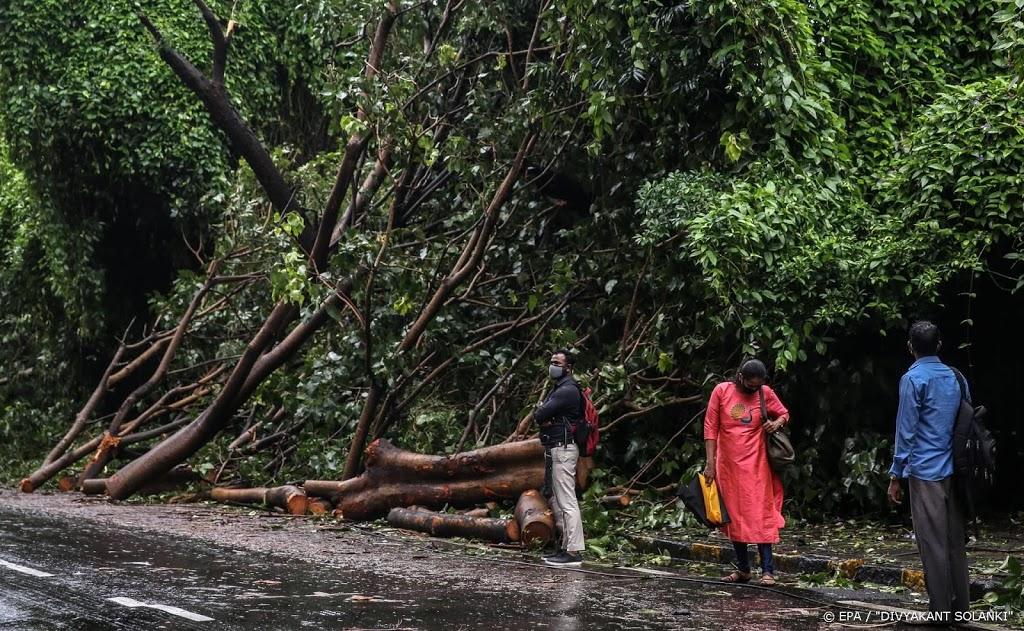 Dodental aardverschuiving op theeplantage India opgelopen tot 43
