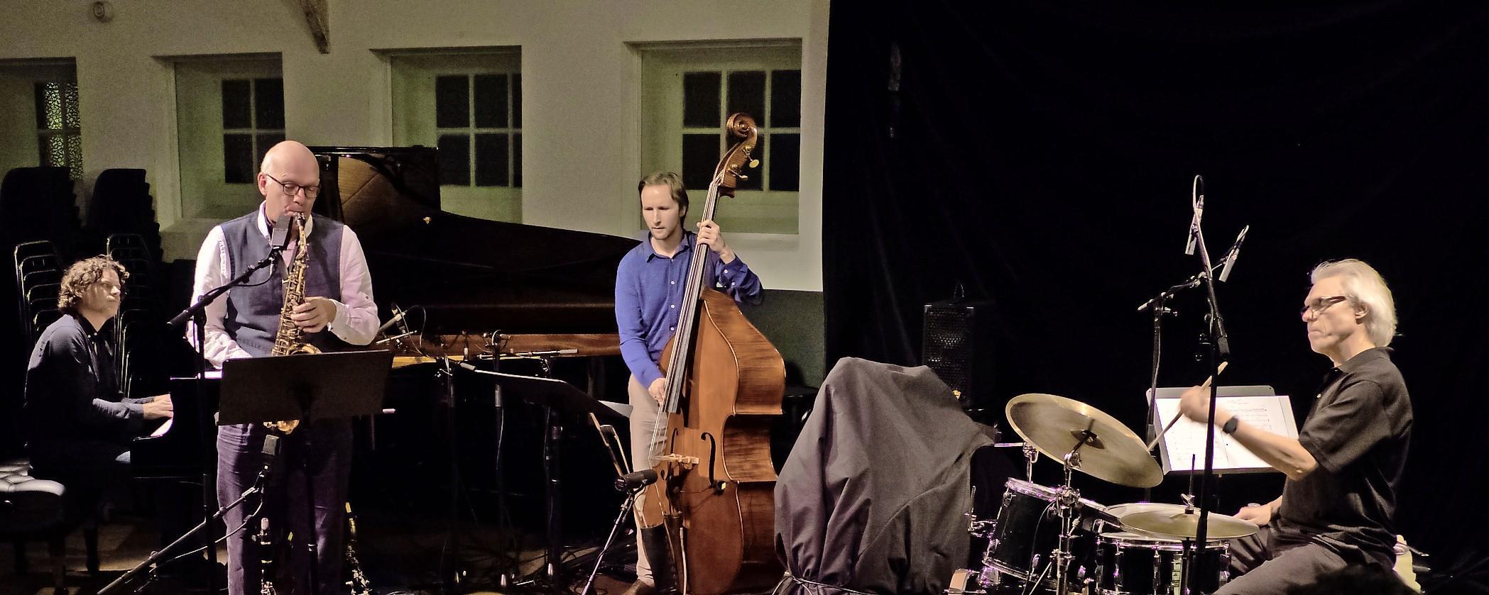 Michael Moore Fragile Quartet zondagmiddag naar Pletterij; 'Het gaat altijd om het in balans brengen van mijn muziekleven'