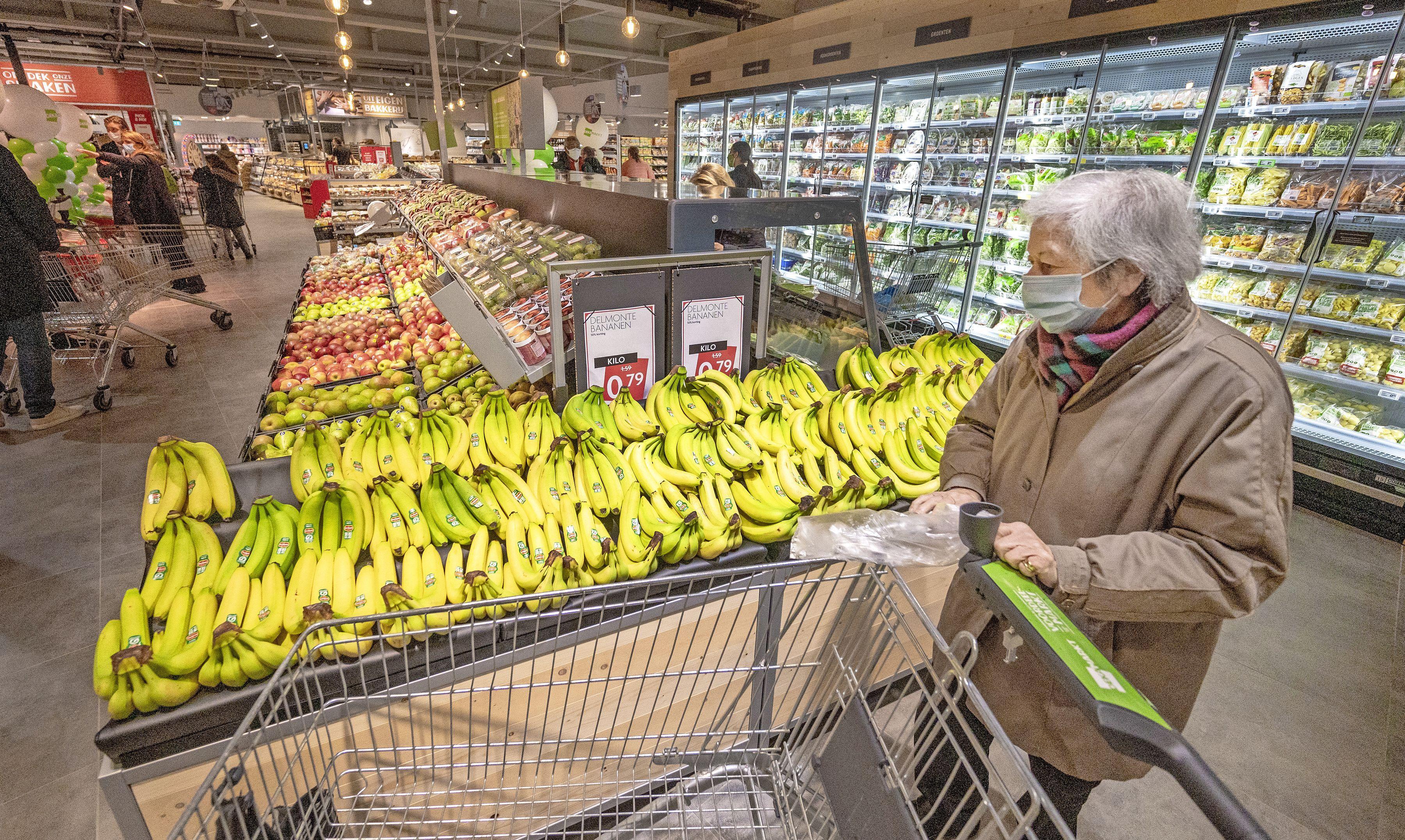 Dekamarkt is het meest klantvriendelijk, blijkt uit onderzoek. Klanten geven het bedrijf een 8-