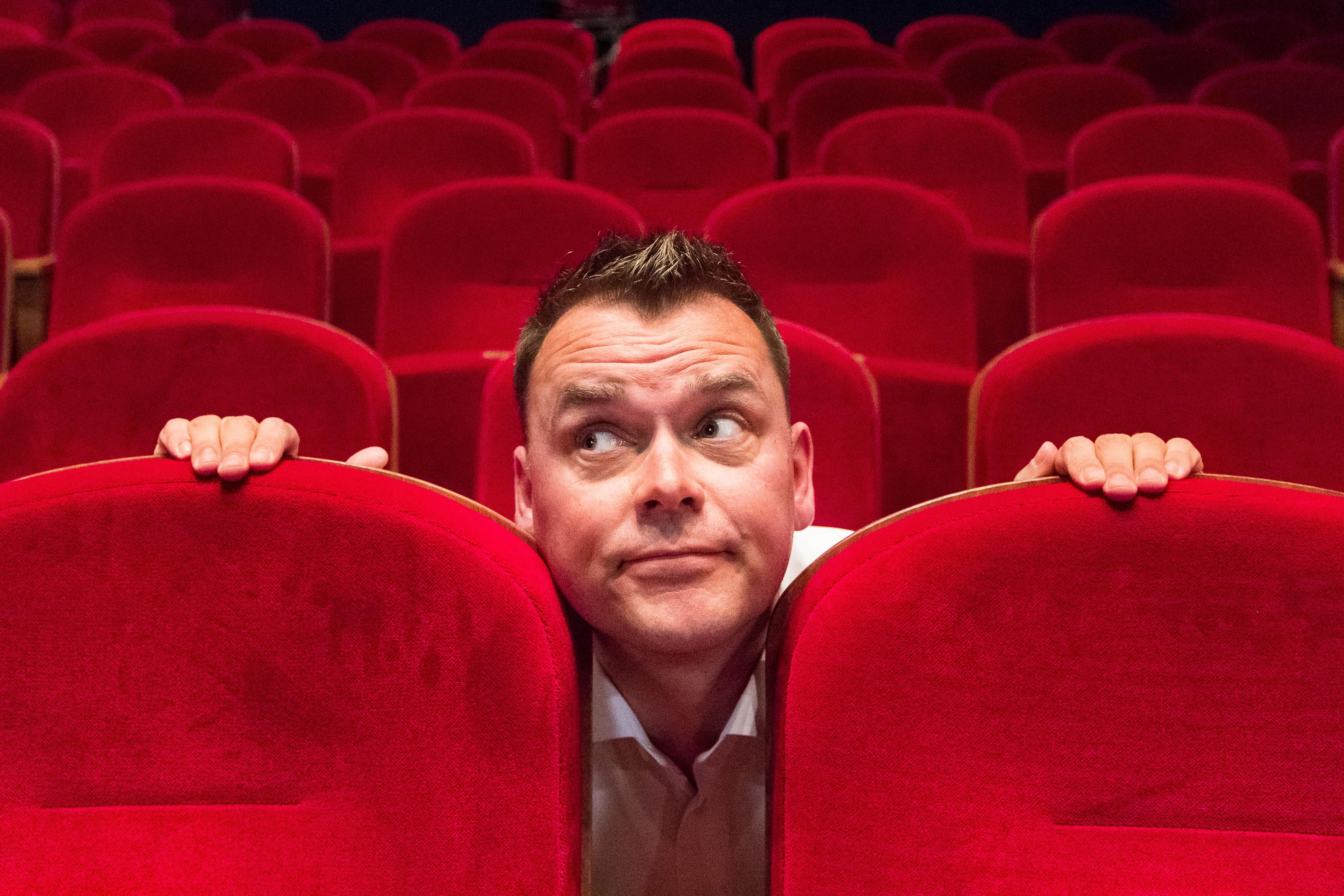 Financieel adviseur Christiaan Heijne (43) uit Wormer op de planken met eigen cabaretvoorstelling: 'Misschien is dit een soort midlifecrisis'