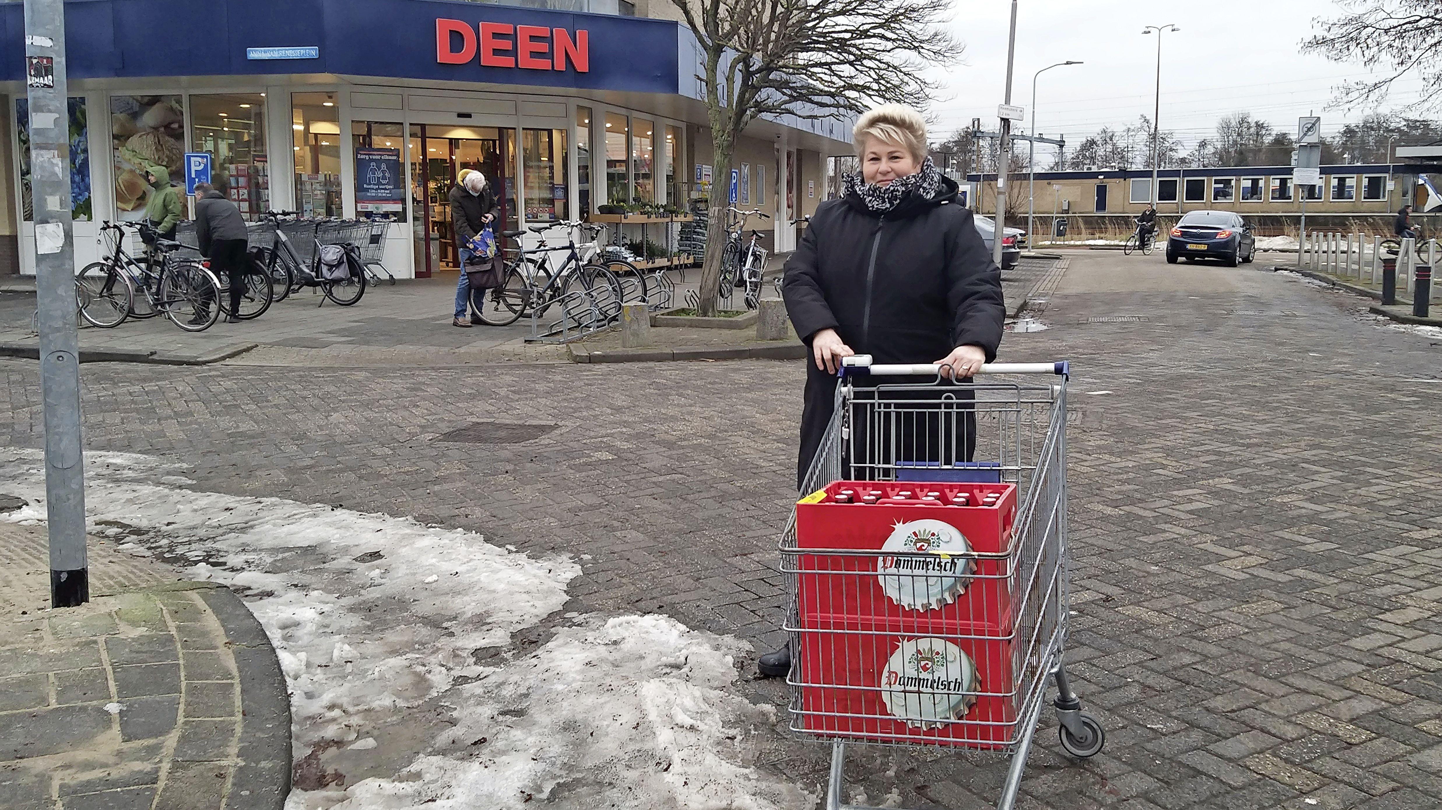 'Deen was eerste supermarkt die karretjes ontsmette'