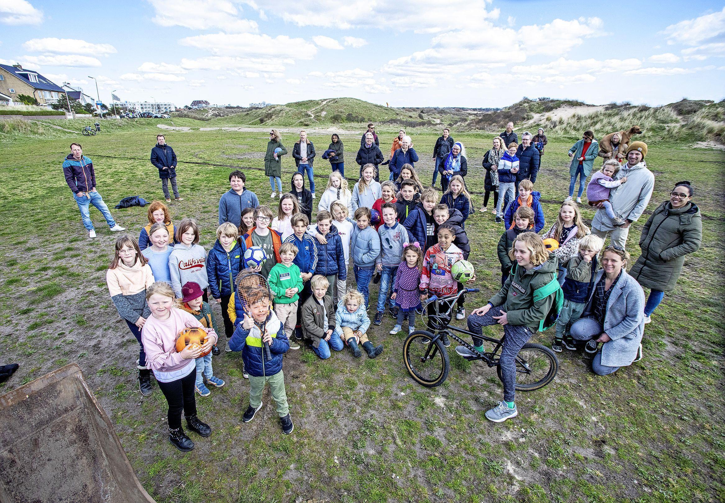 Kinderen willen spelen en sporten in de buurt. 'In Zandvoort-Noord zijn de prachtigste voetbalveldjes, in Zandvoort-Zuid geen één''