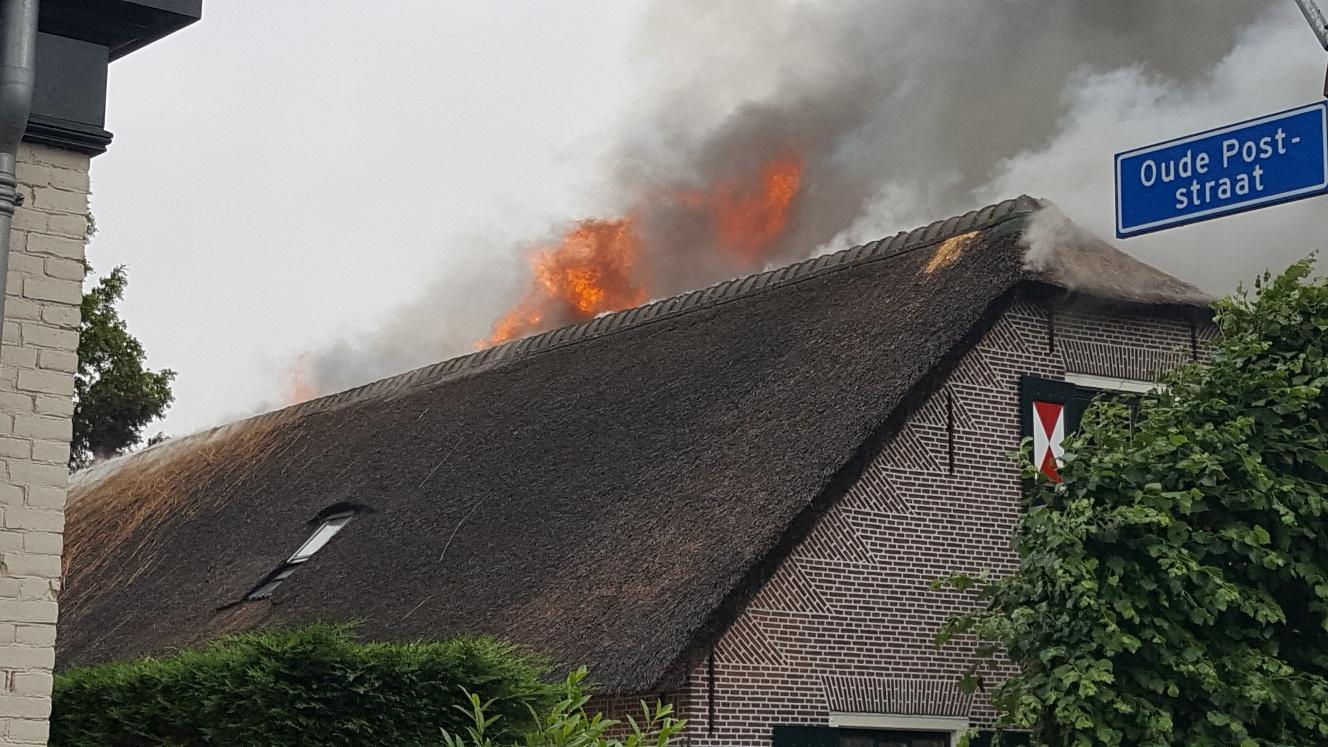 Grote overlast door brand Sassenheim, houd ramen en deuren gesloten [video]