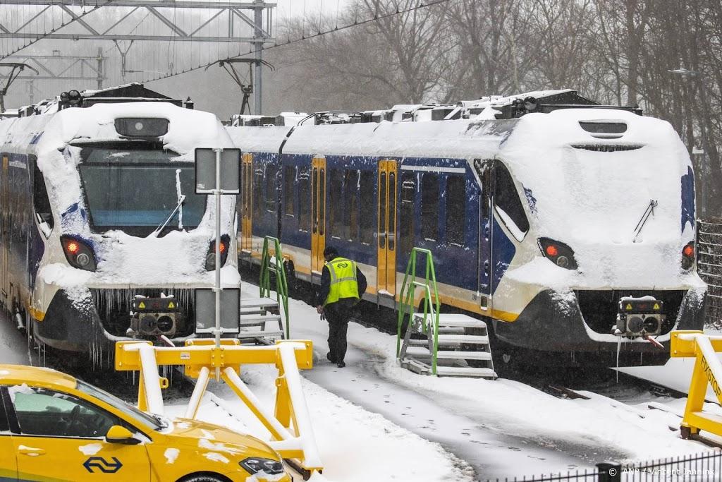 Treinverkeer komt beperkt weer op gang, veel storingen verholpen