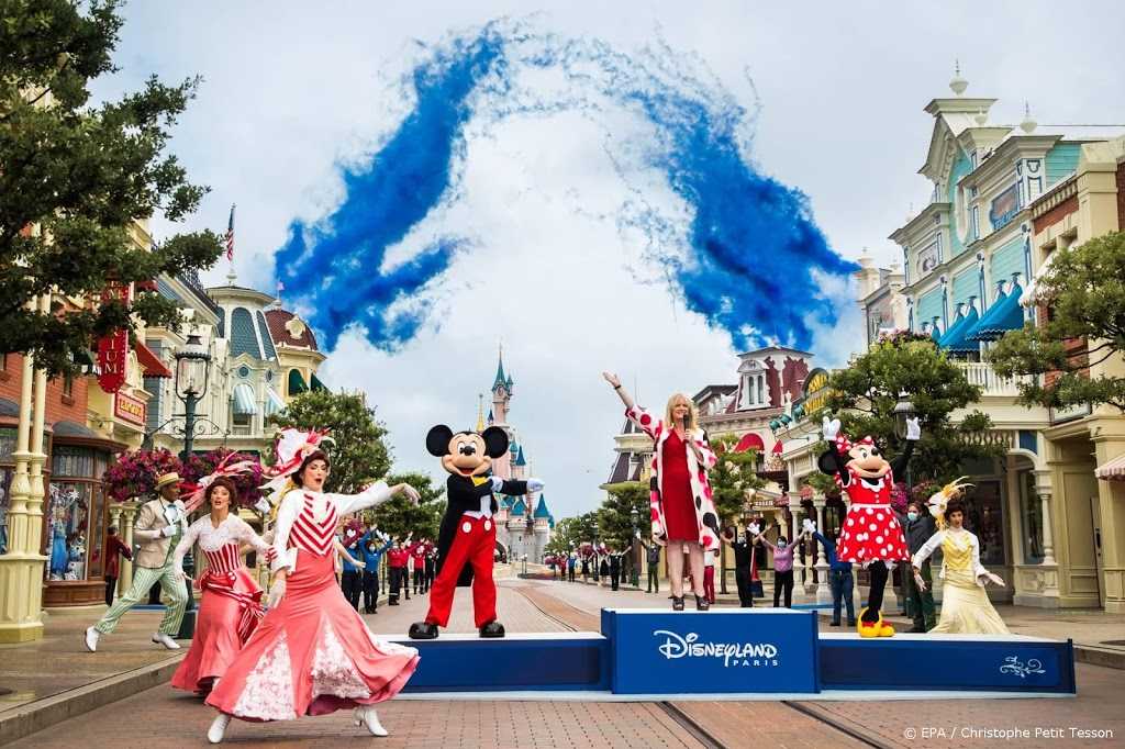 Disneyland Parijs blijft langer dicht
