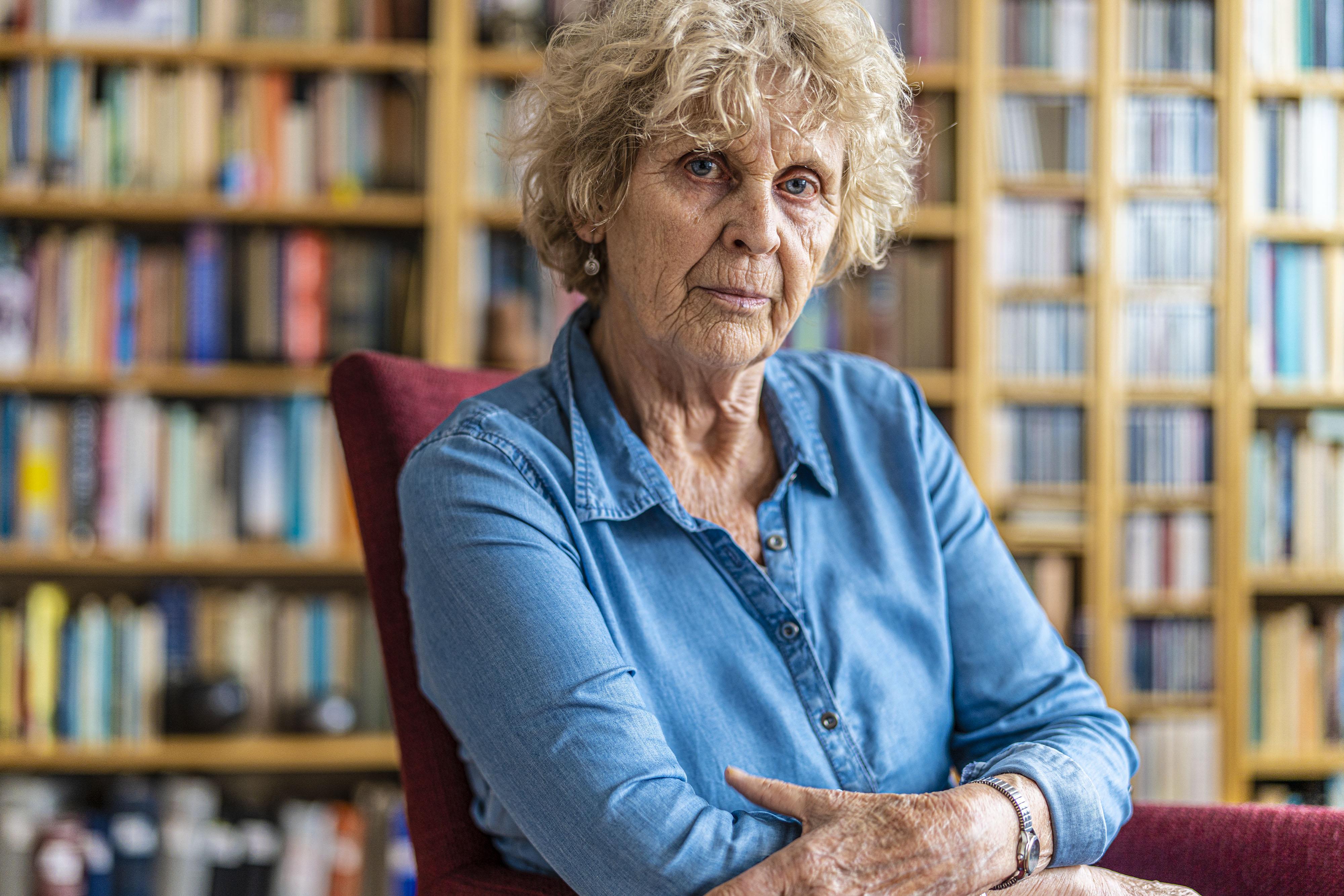 Leidse schrijfster Marijke Teeuw (74) schrijft verhalenbundel over mensen aan de zelfkant van de maatschappij