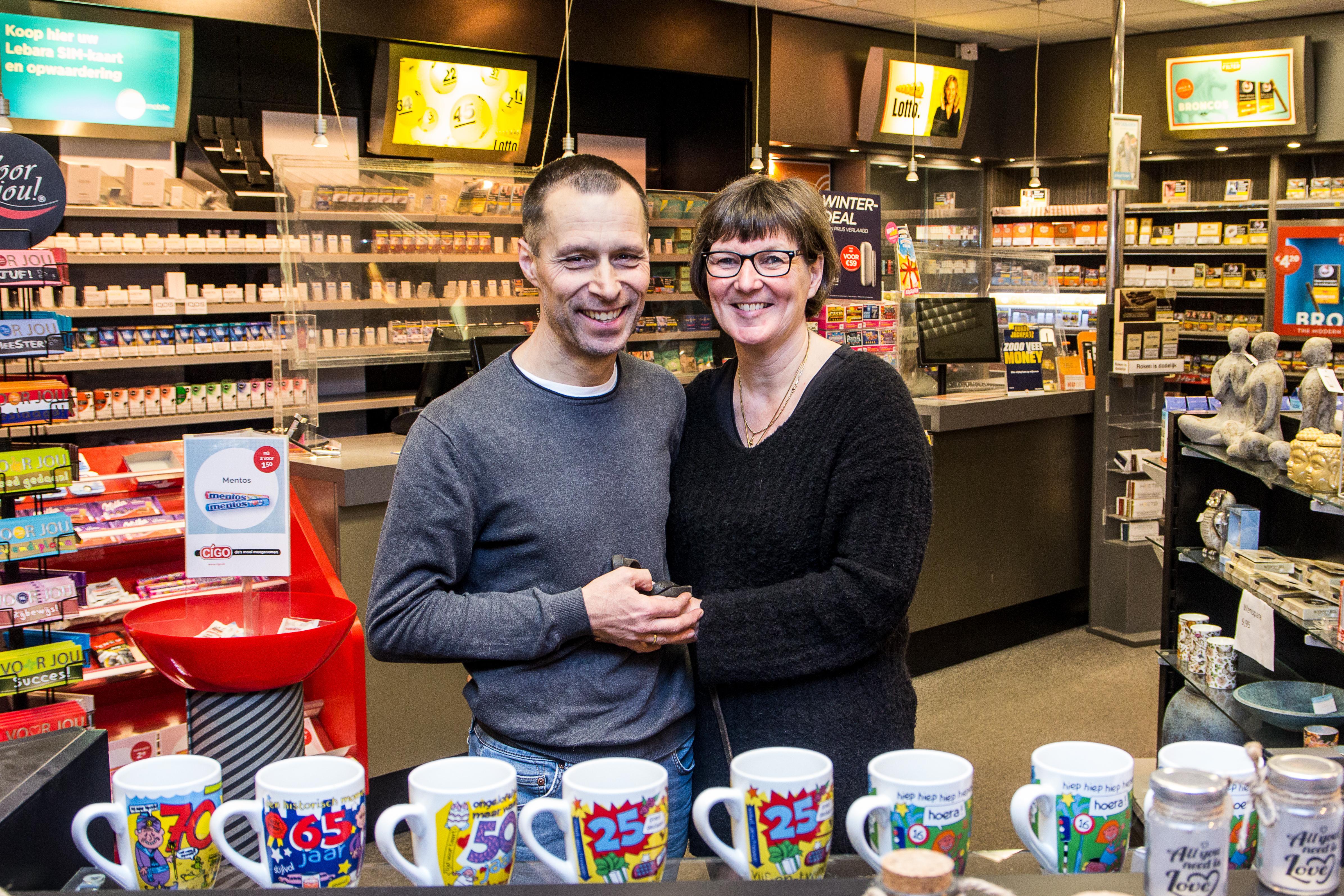 Bart en Monique trekken deur van gemakswinkel Cigo Zaandam voorgoed achter zich dicht en gaan appartementen verhuren in Oostenrijk. 'We hebben al enige crisiservaring'