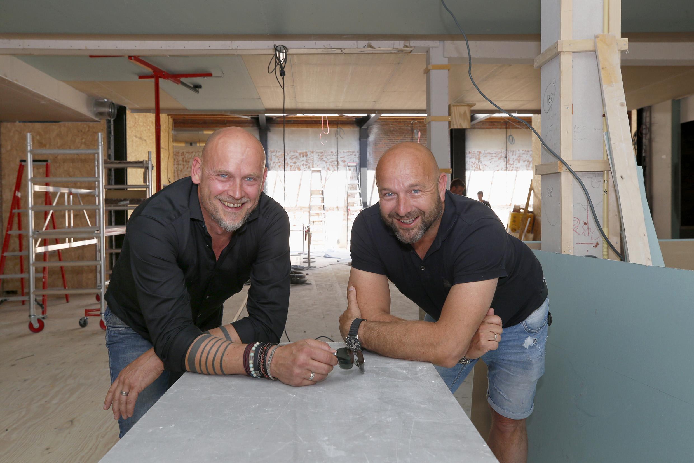 Hoe Rumors in Schagen langzaamaan SoHo wordt: Frits Nieuwenhuizen en Antoine de Weerd willen de zaak op de Markt in september openen