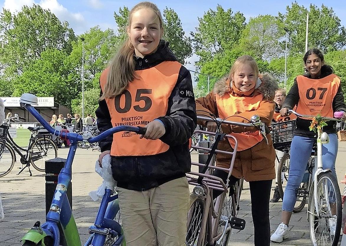 Gaan de fietsexamens straks nog wel door? Als er geen extra ouders worden gevonden, vrezen ze in Schagen voor het ergste