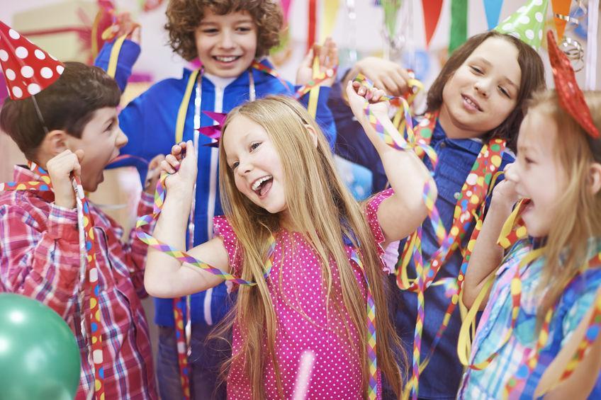Opvoeduitdaging: Laat jij kinderen nu naar een partijtje gaan?