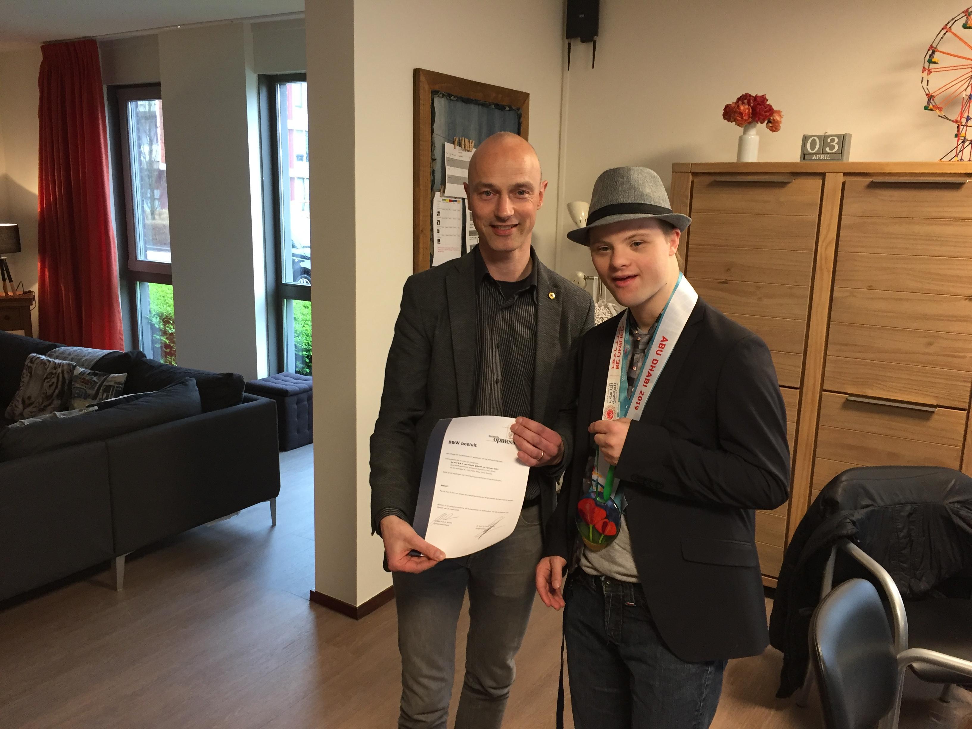 Hulde voor Hoogwouder René van Diepen voor olympische prestatie