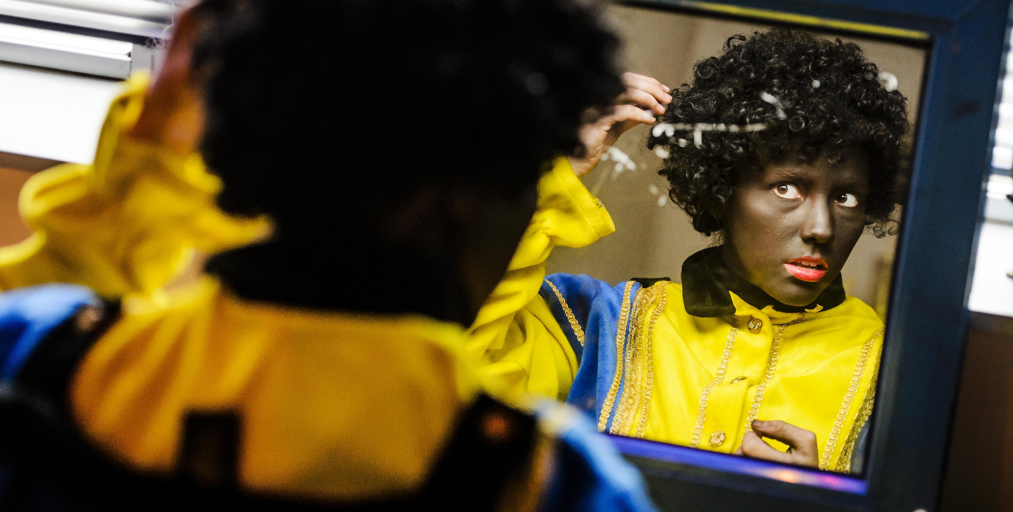 Stem op de IJmondstelling | Bibliotheken geven goede voorbeeld door omstreden Zwarte Piet uit de collectie te halen