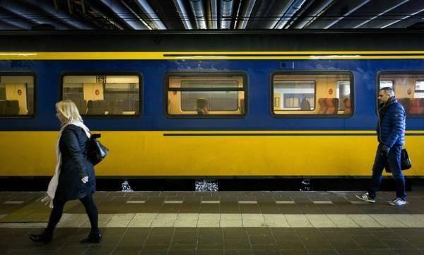 Minder treinen tussen Schiphol en Hilversum