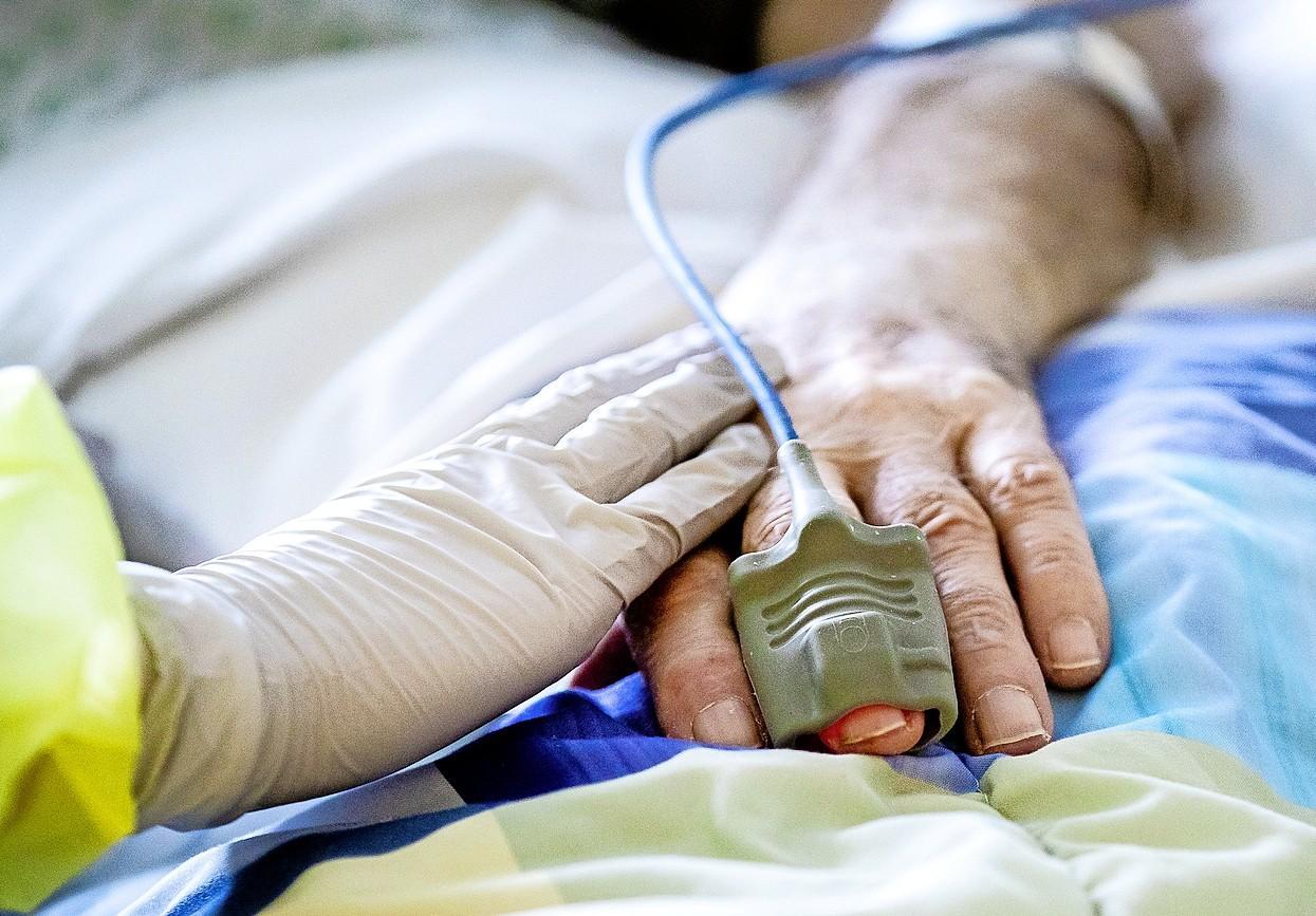 Tergooi heeft weer eerste coronapatiënten op de IC. Meander ziet aantal zieken verdubbelen. Afschalen van gewone zorg vooralsnog niet aan de orde [update]