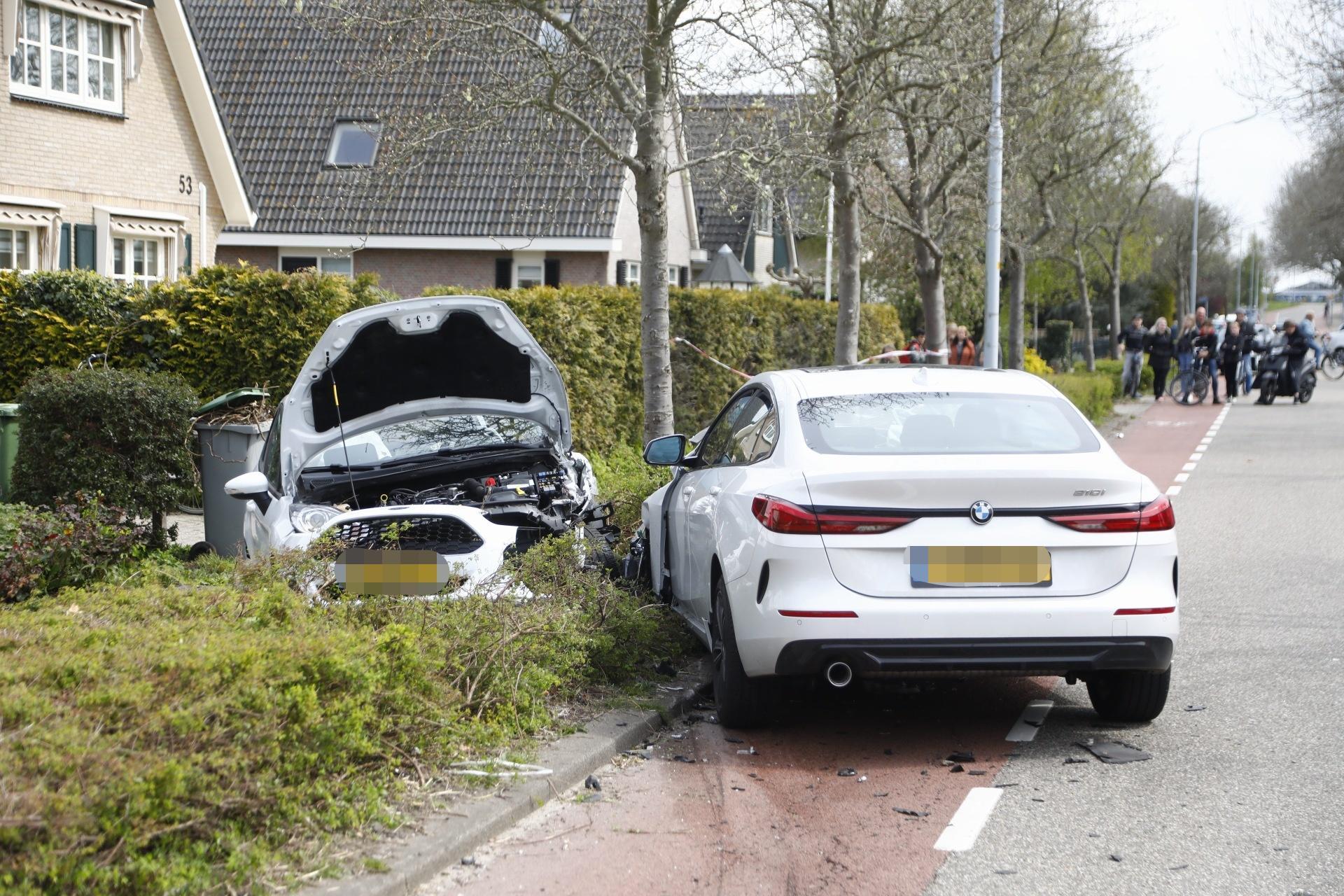Oma en kleinzoon gewond bij auto-ongeluk in Rijsenhout