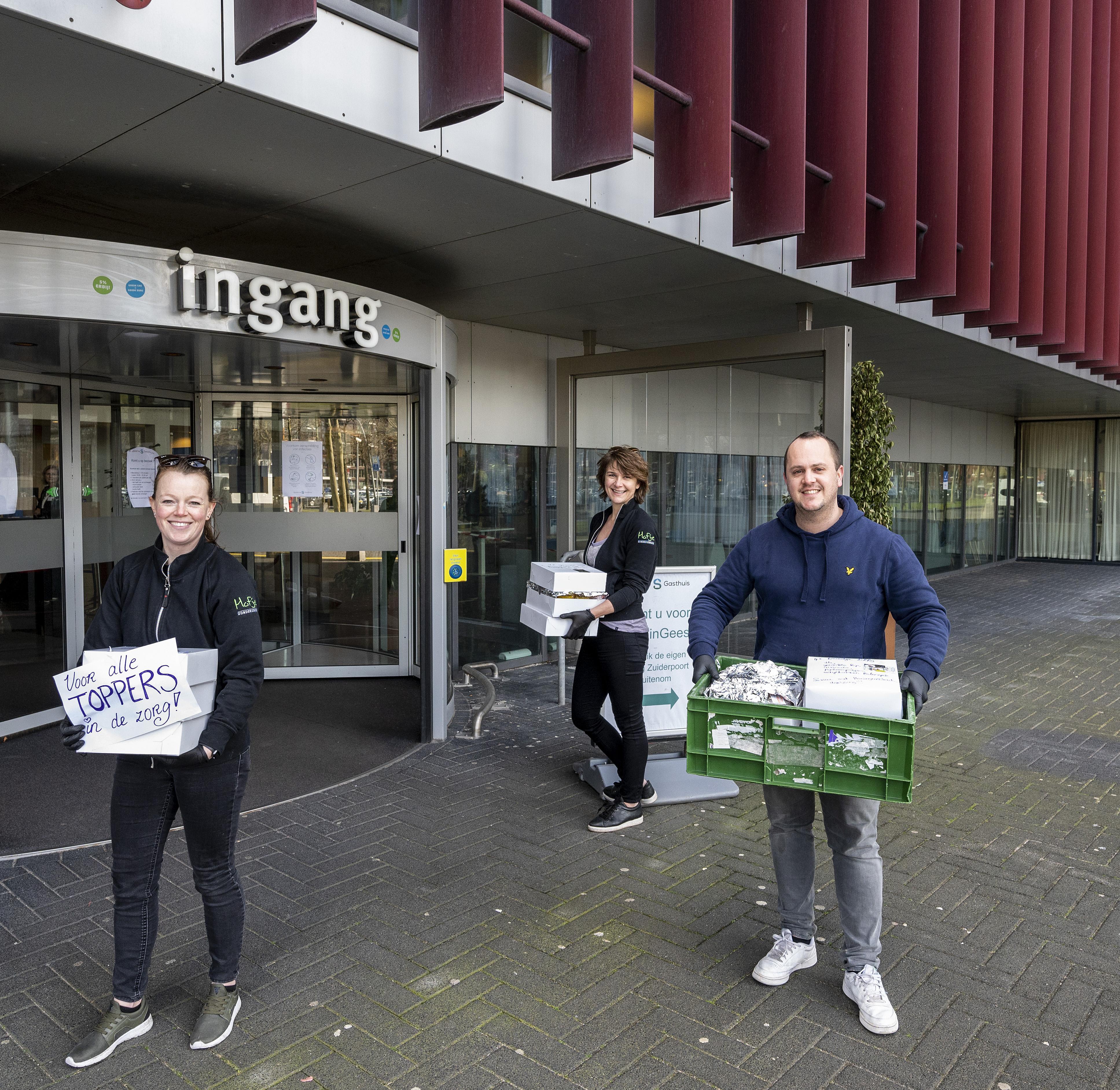 Broodjes en smoothies van Hofje zonder Zorgen voor IC-personeel Spaarne Gasthuis levert 'broodnodige energie'