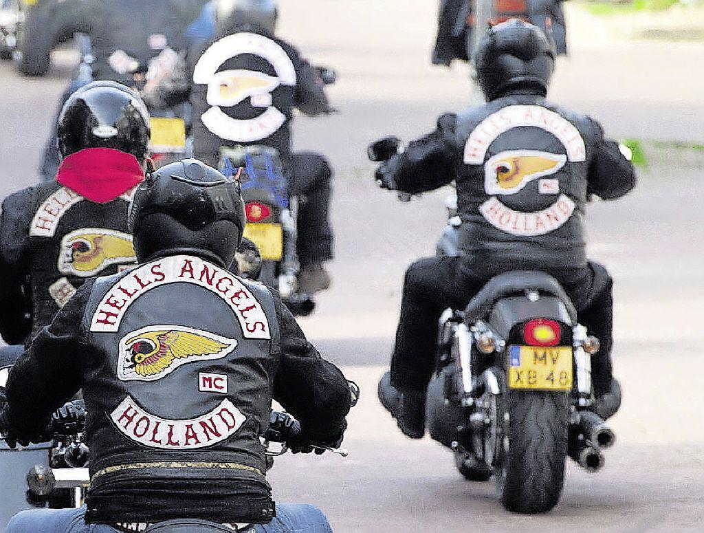 Velsense burgemeester gooit clubhuis Hells Angels in IJmuiden dicht, na gerechtelijke uitspraak in landelijke beroepszaak motorclub: ook café Oud-IJmuiden gesloten