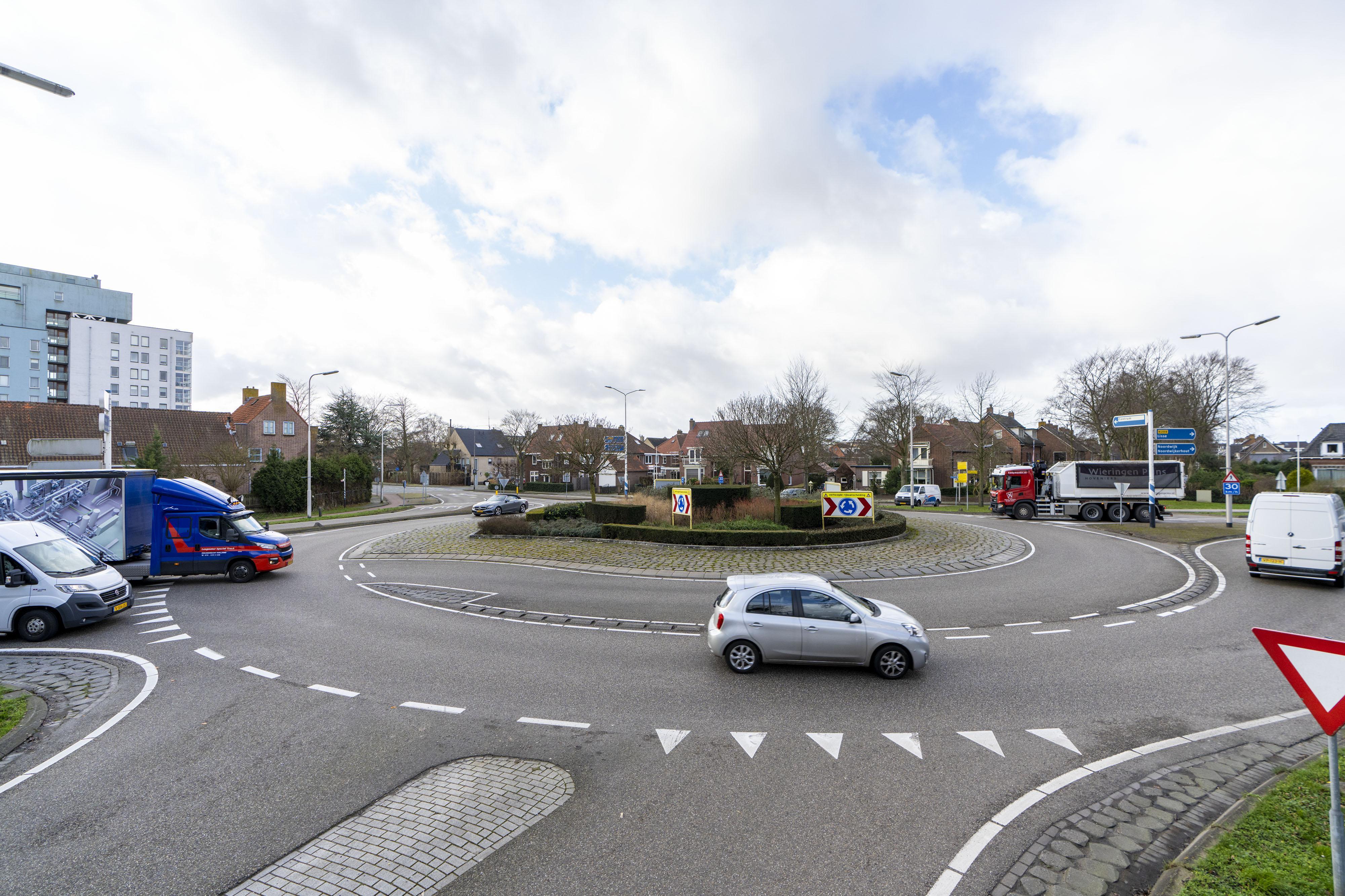 Projectleider Rogier Gerritzen ziet misverstanden rond rotondes Van Pallandtlaan in Sassenheim: 'Als we niets doen, loopt het helemaal vast'