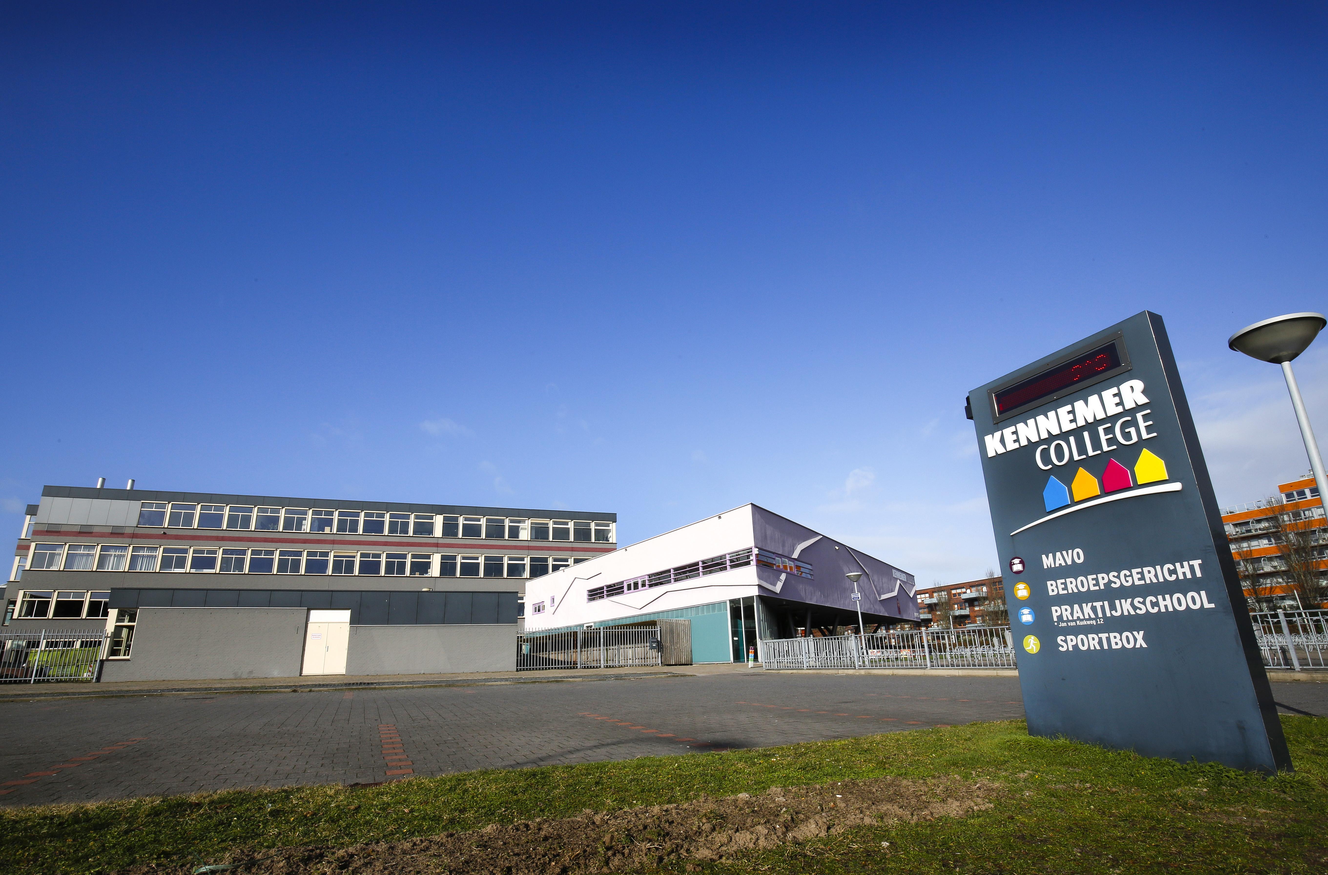 'Weinig kinderen thuisgehouden na coronabesmetting op Kennemer College Heemskerk'