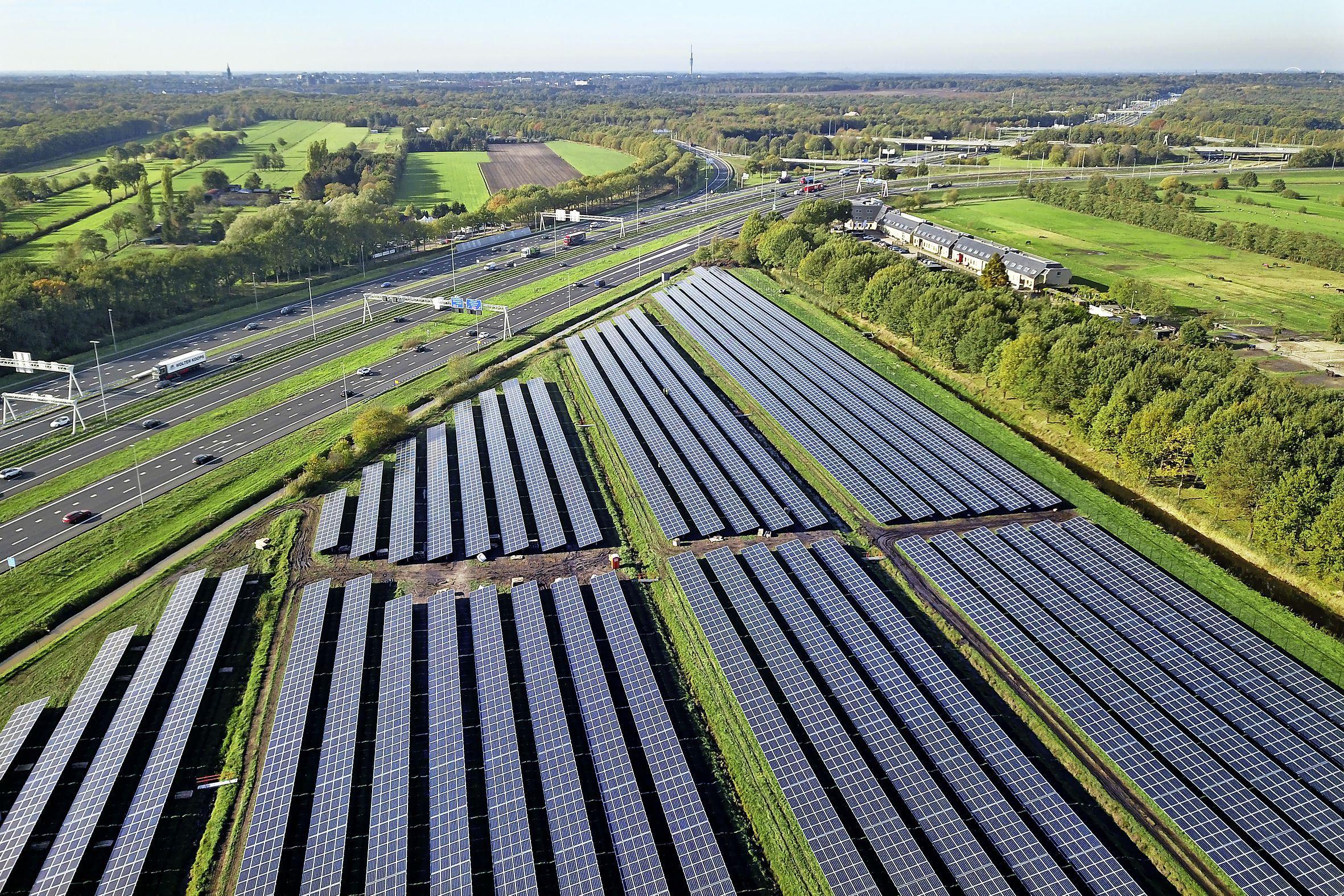 'Windmolen levert meer op dan hectáren vol zonnepanelen'; directeur Landschap Noord-Holland wijst wederom op Heemskerkse windmolen