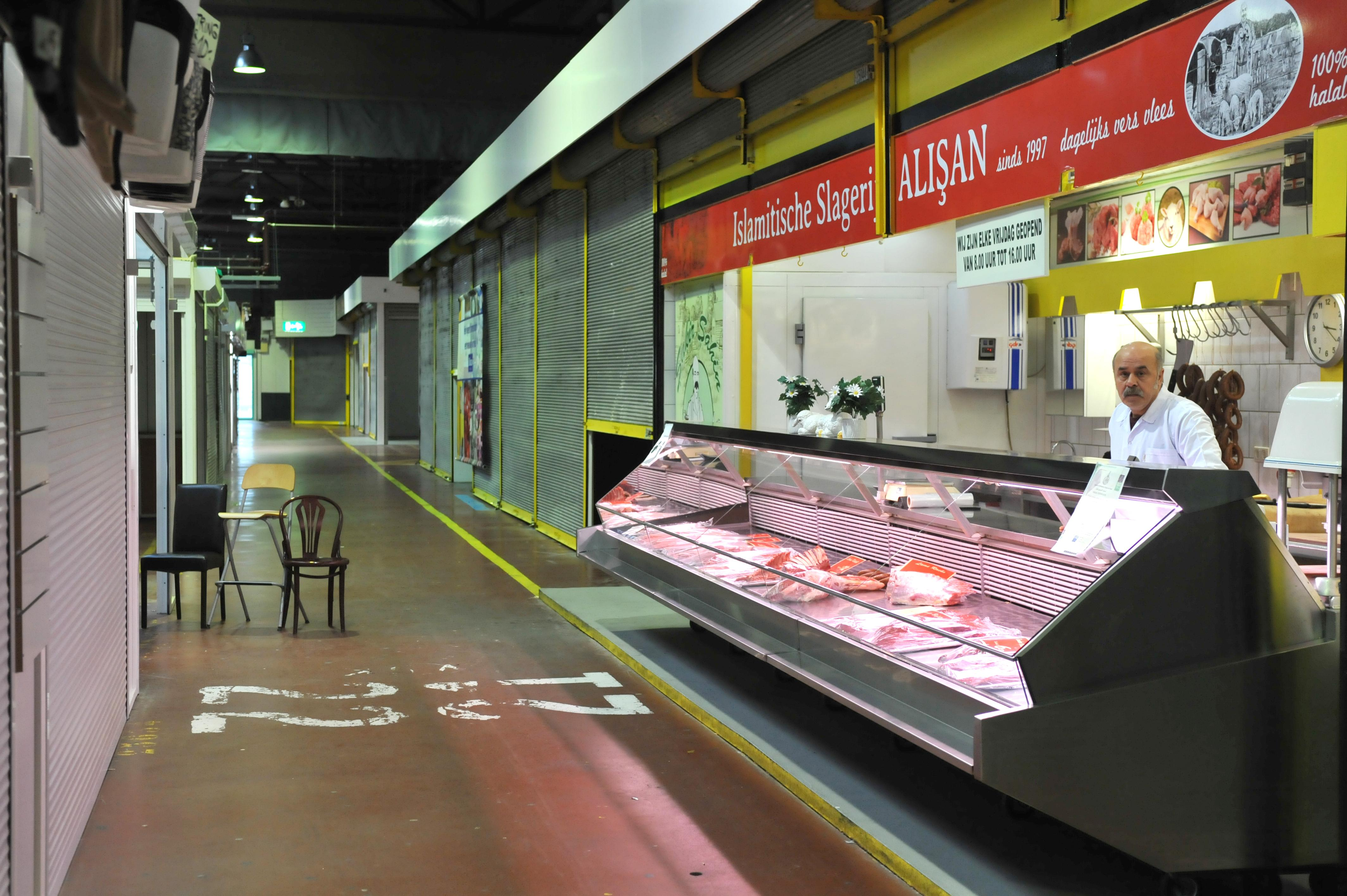 De Beverwijkse Bazaar lijkt op een spookstad in het Wilde Westen