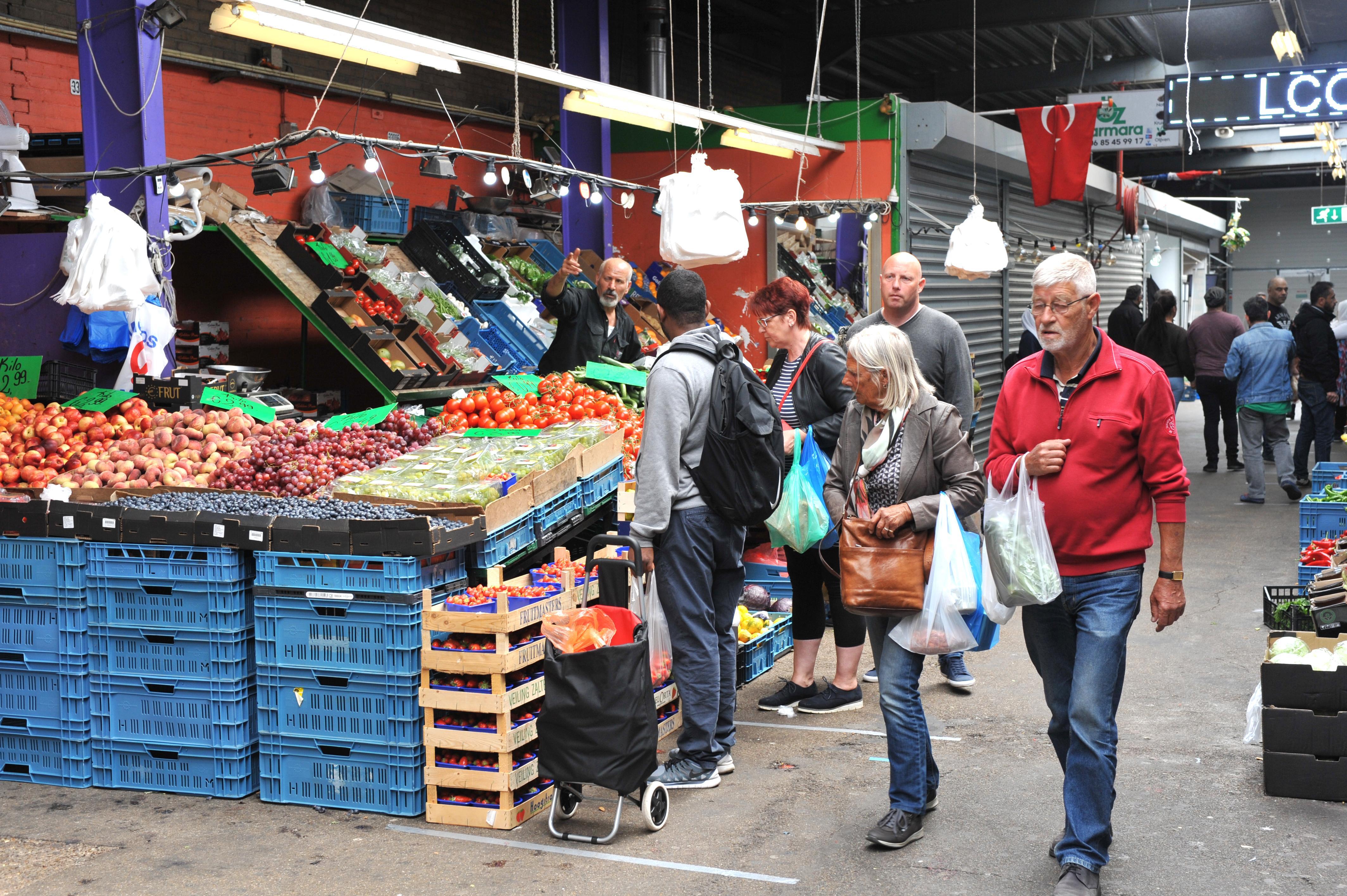 Bazaar Beverwijk verplicht mondkapjes bij te grote drukte