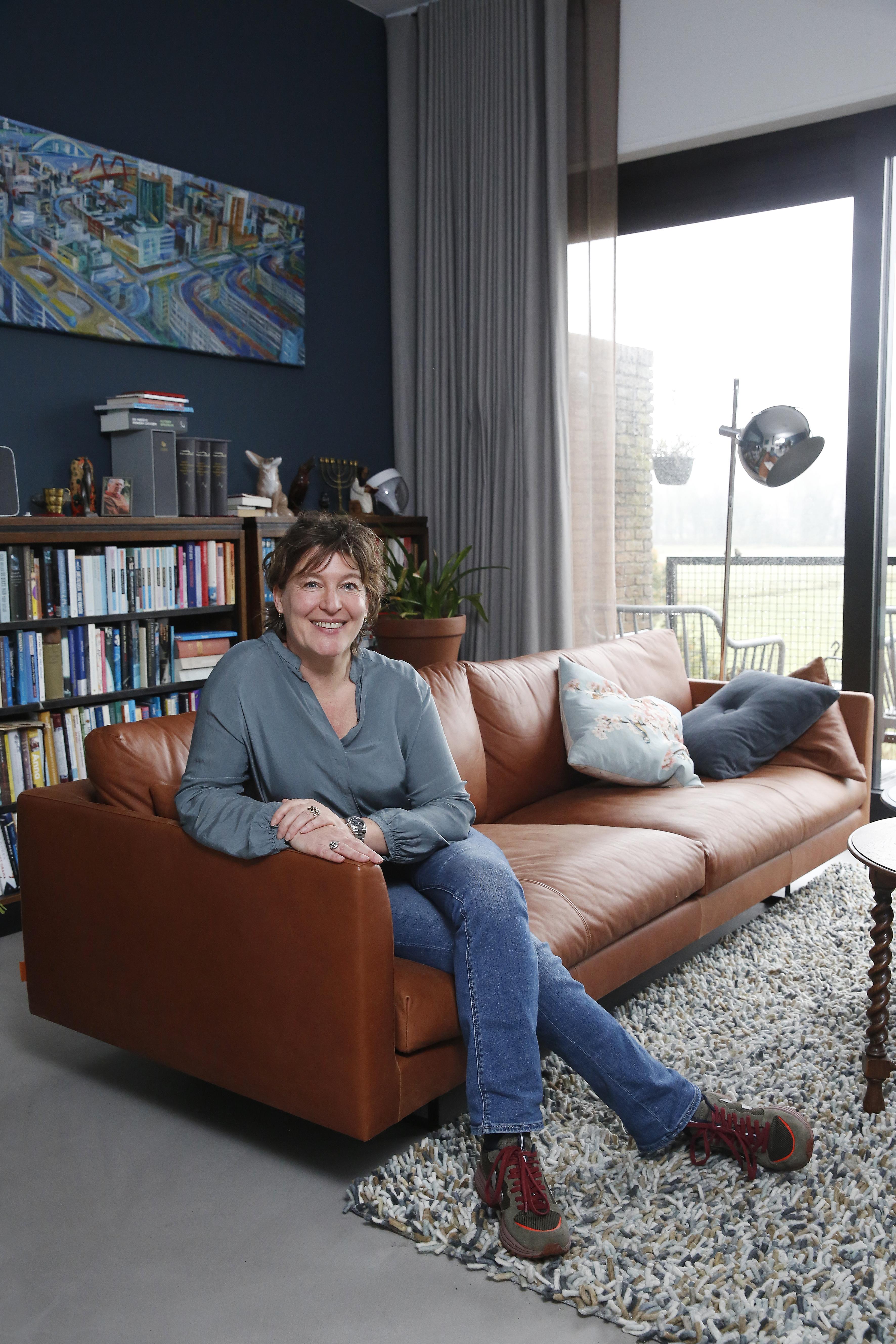 Ester de Lau helpt anderen op weg om hun bio-pa te vinden