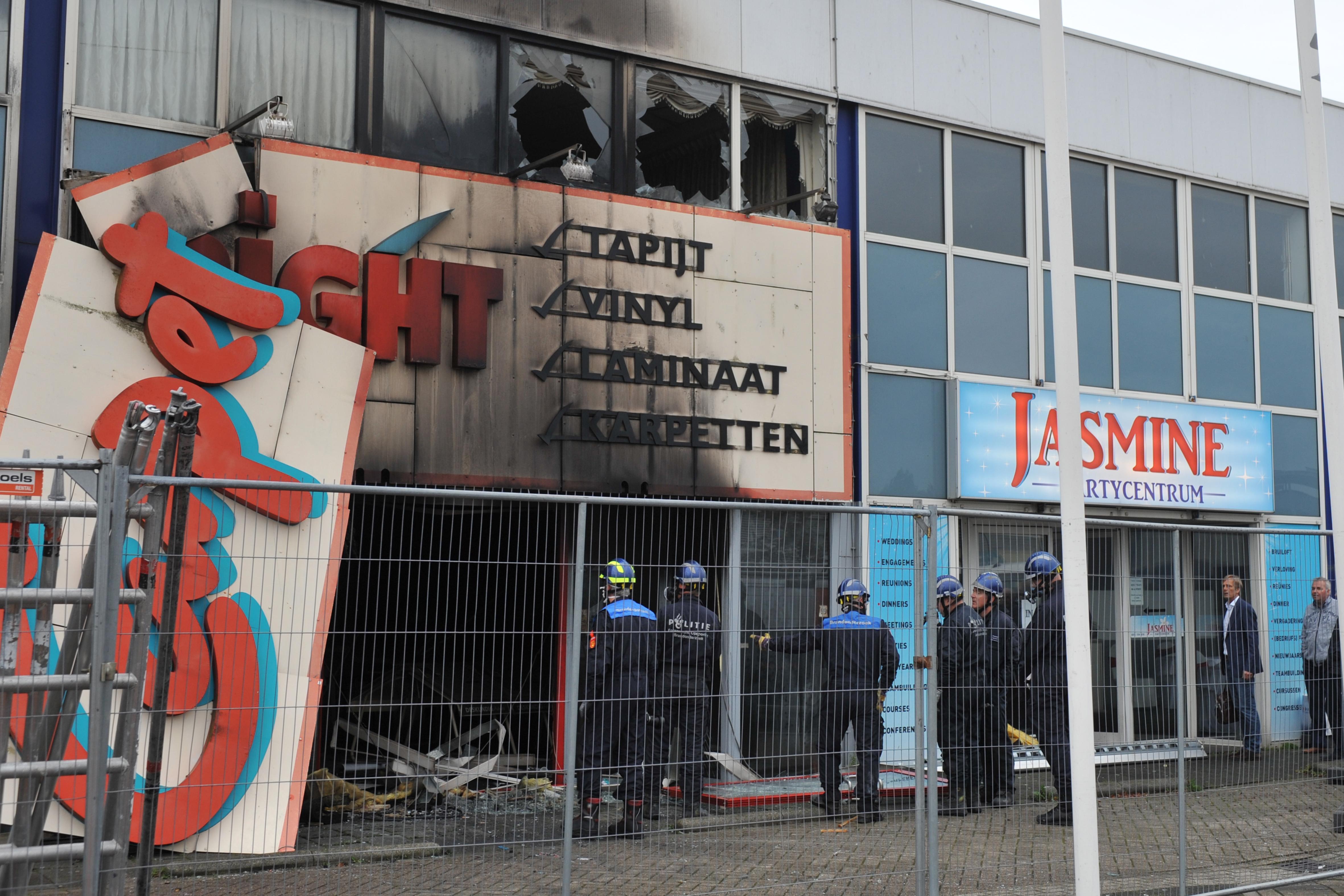 Brand bij Carpetright in Beverwijk mogelijk aangestoken