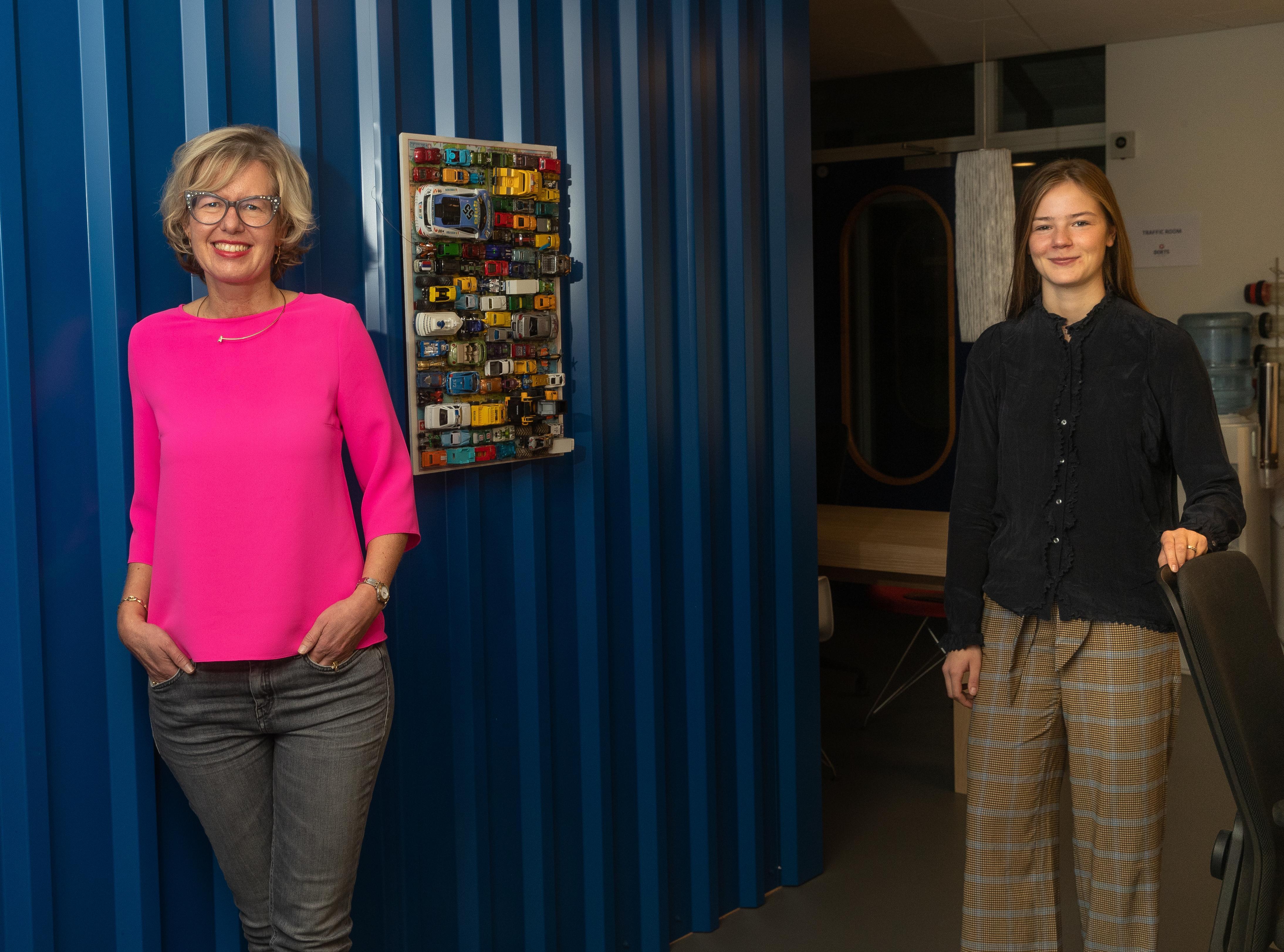 Jongeren helpen eenzame ouderen via project Buddybold van Elske Doets en Emma Dekker