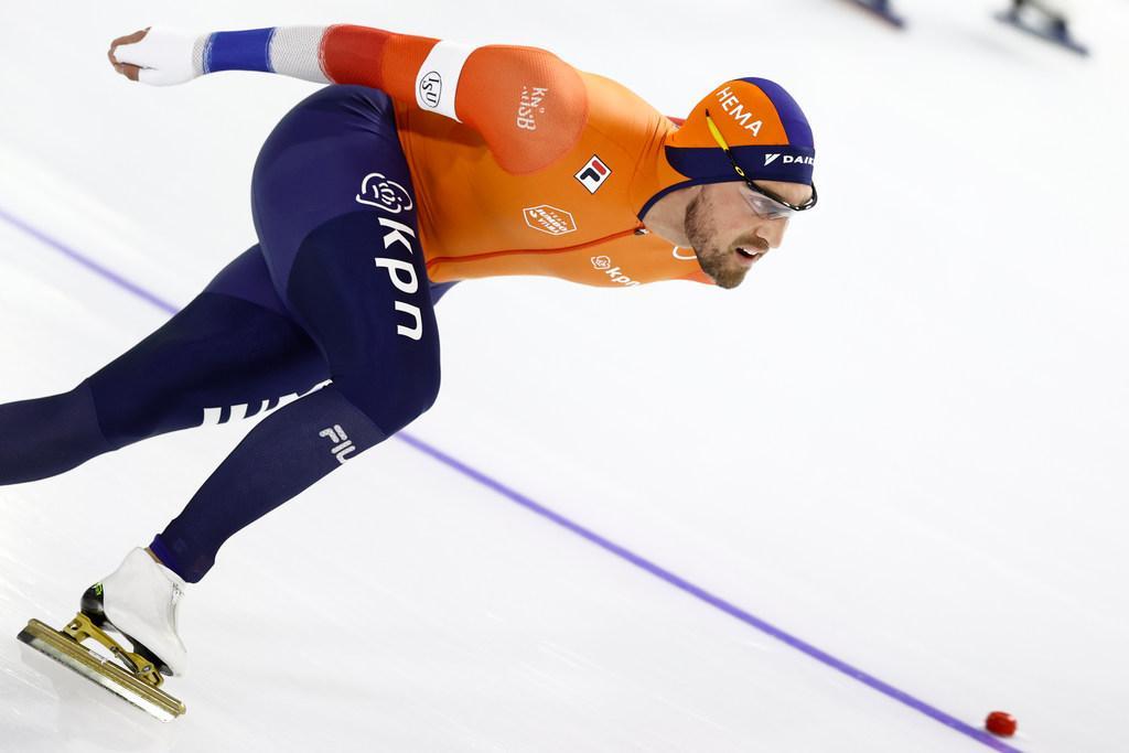 Van corona herstelde schaatser Kjeld Nuis hoopt te starten op NK